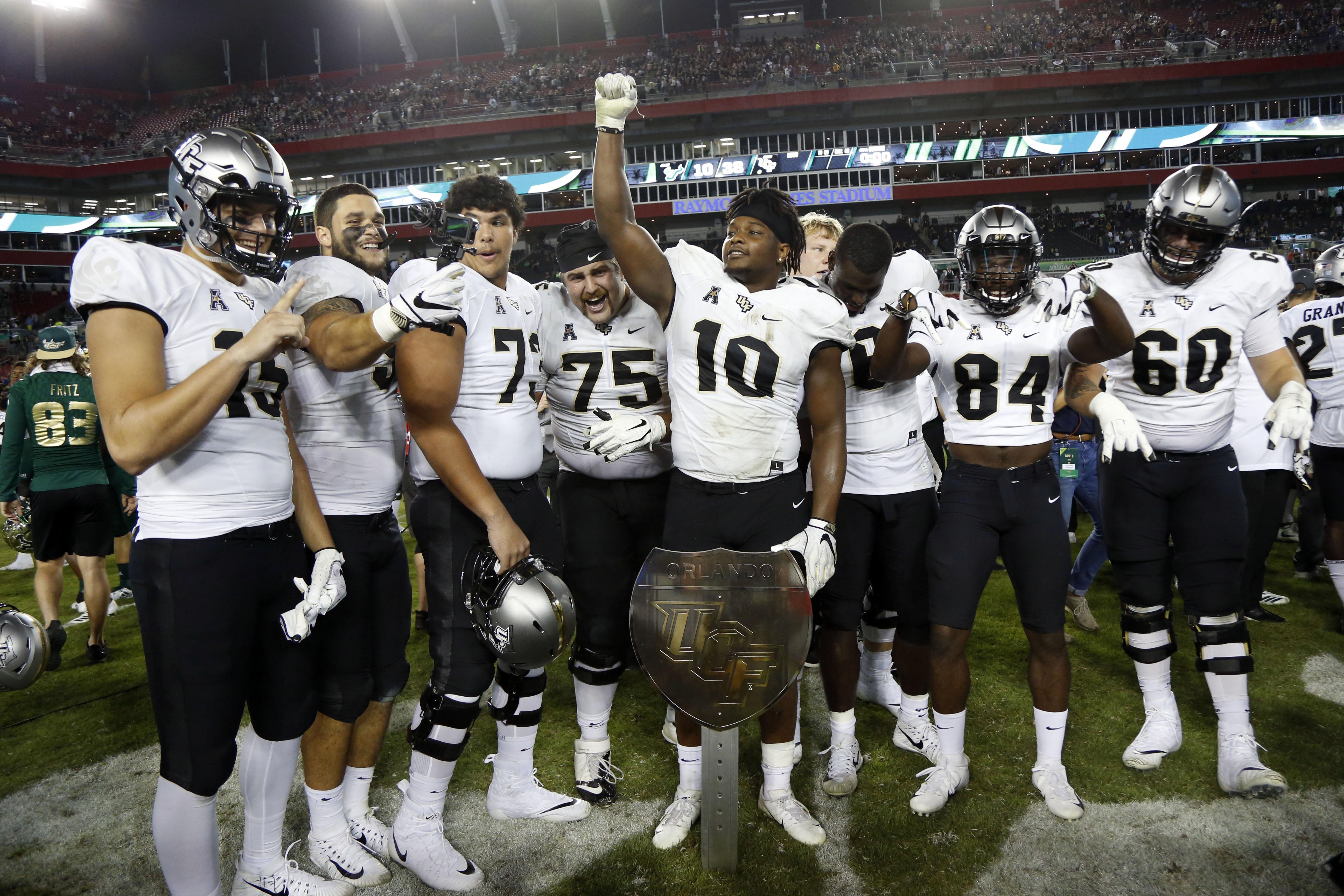 NCAA Football: Central Florida at South Florida