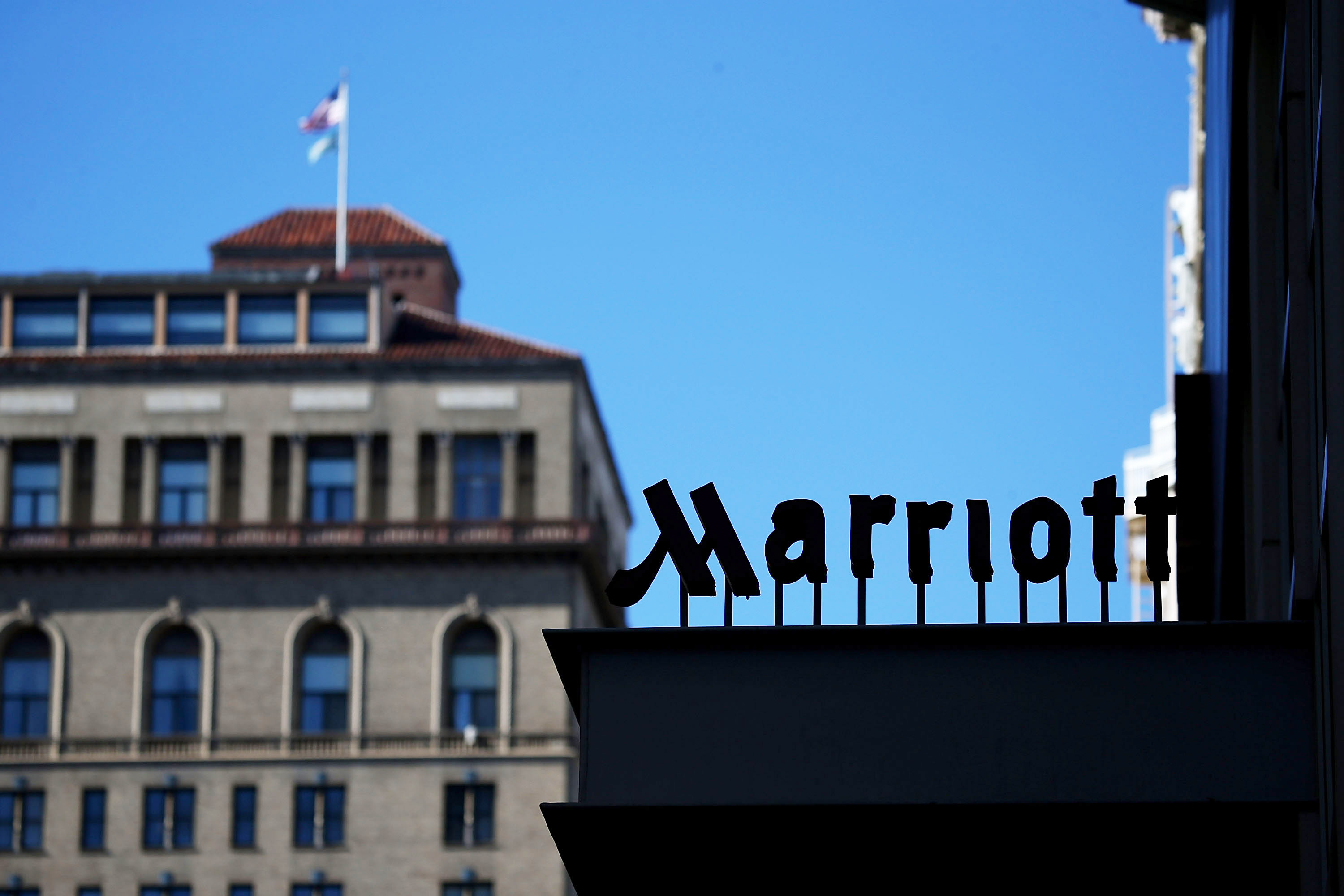 36b3977dc0 Marriott reveals massive database breach affecting up to 500 million hotel  guests - The Verge