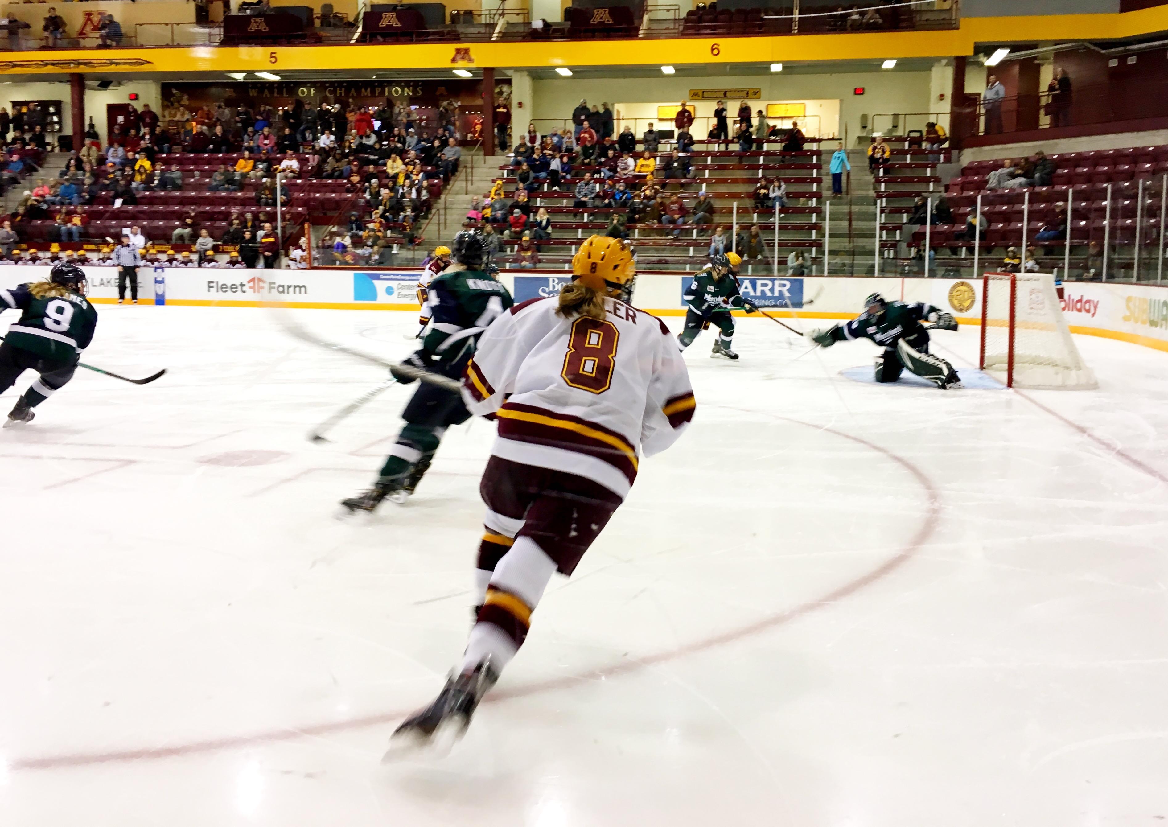 Minnesota Gopher Women Finish Yale Bulldogs Sweep NCAA