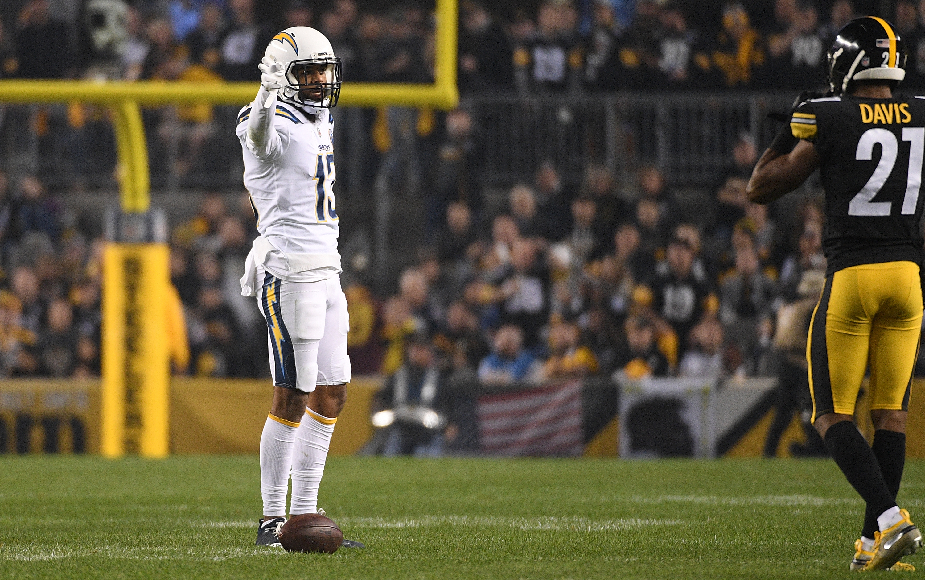 Los Angeles Chargers v Pittsburgh Steelers