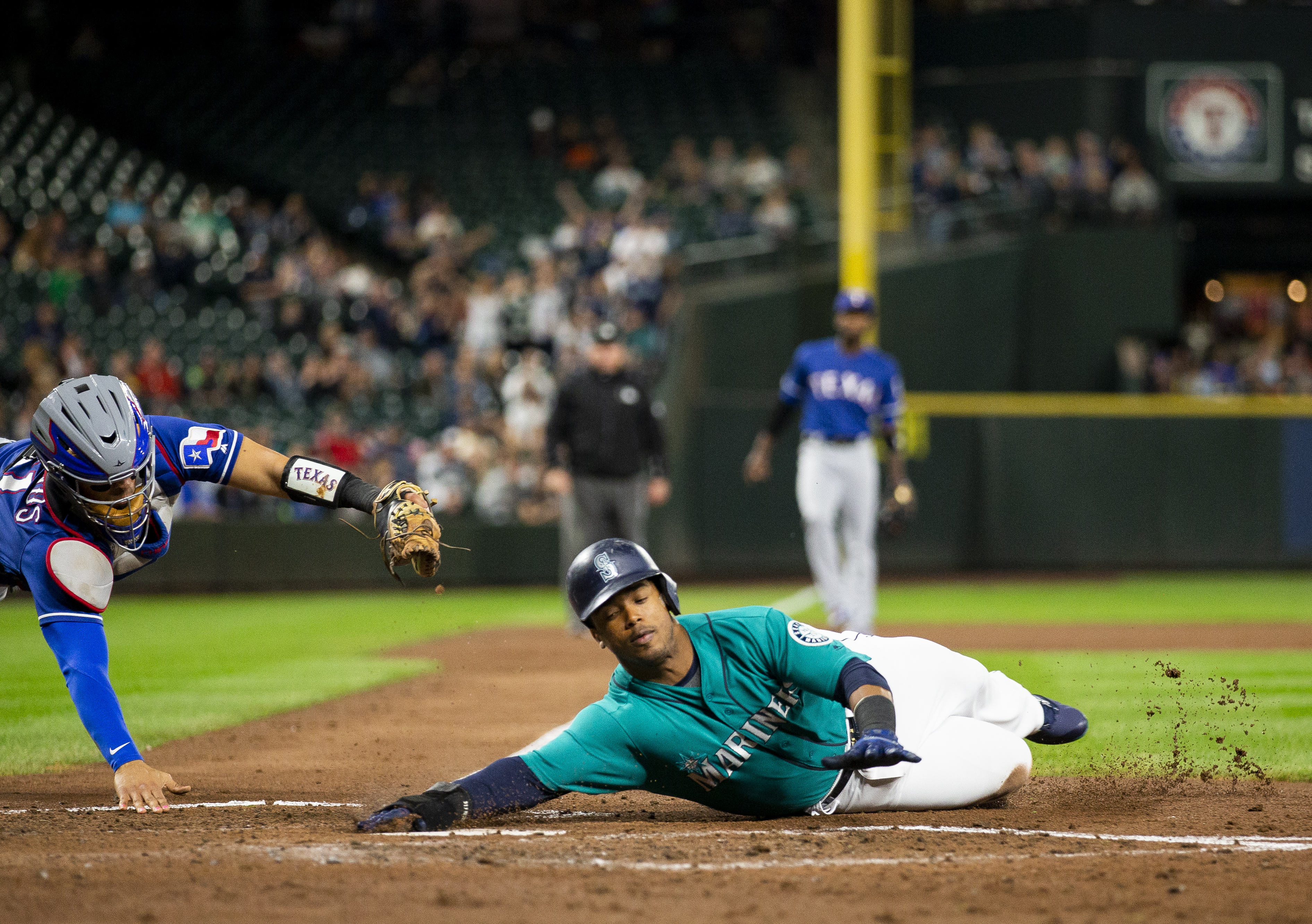 The Mariners' rebuild makes sense, but that doesn't mean it isn't annoying
