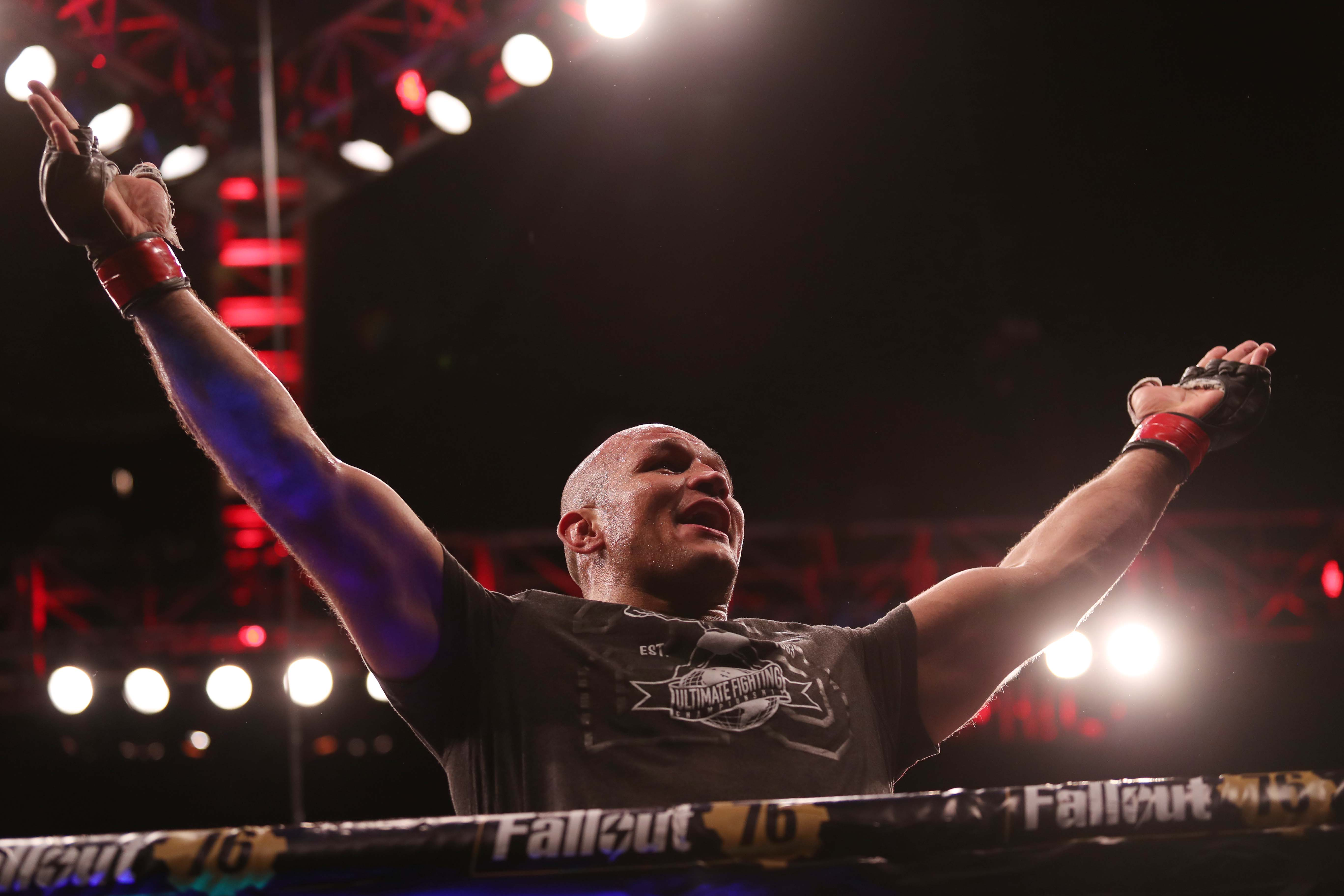 MMA: UFC Fight Night-Adelaide-Dos Santos vs Tuivasa