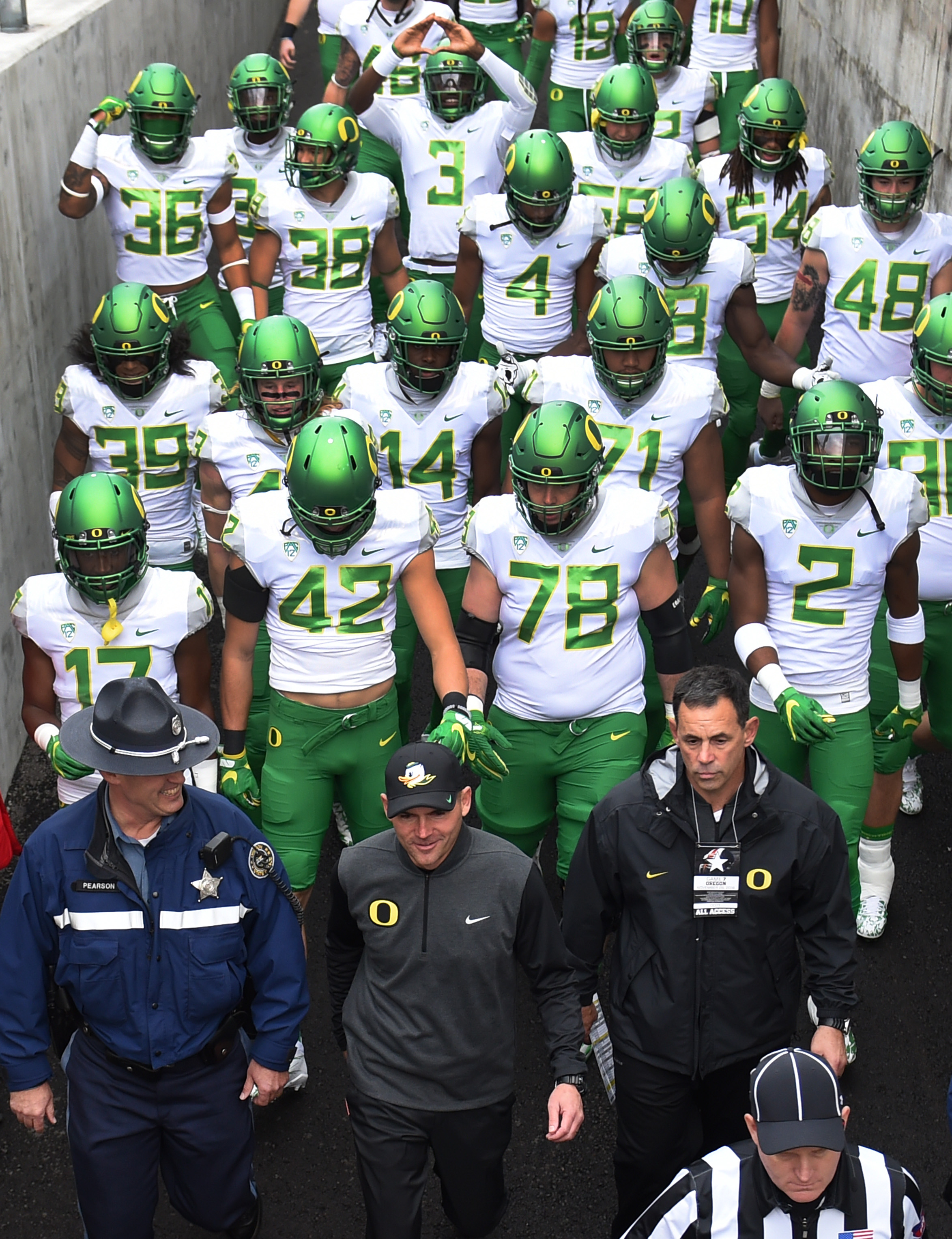 Oregon football committed one of the least interesting NCAA violations ever
