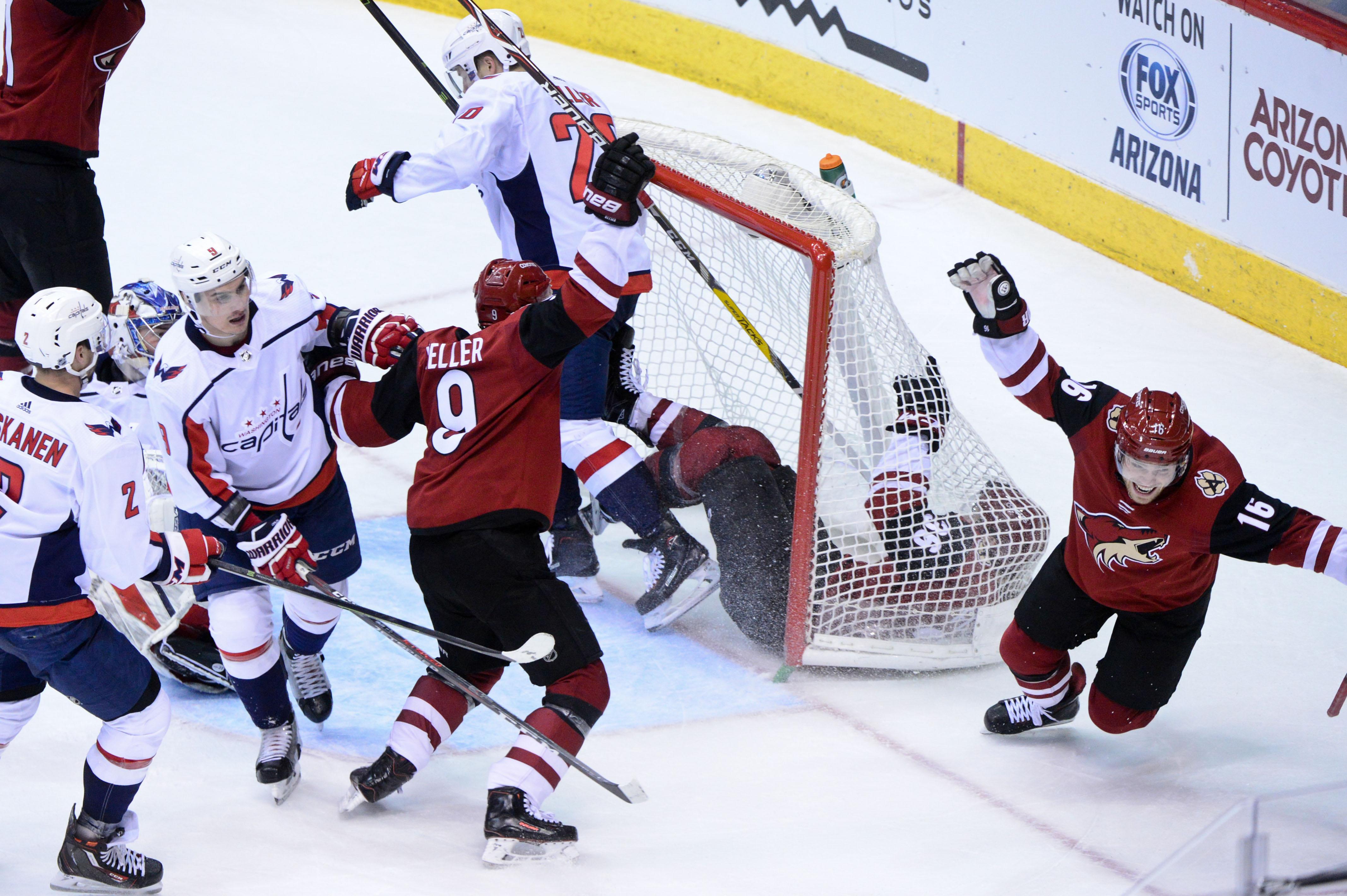 NHL: Washington Capitals at Arizona Coyotes