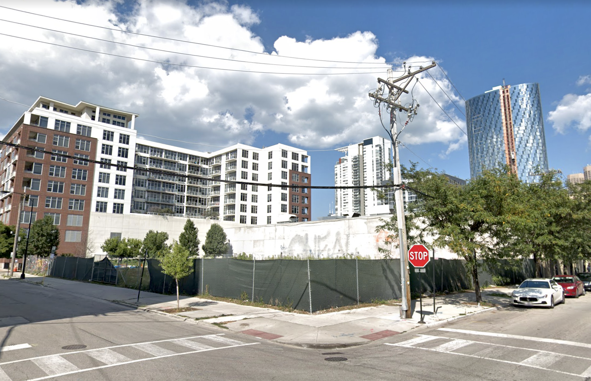 24-story residential tower in the works for vacant West Loop lot