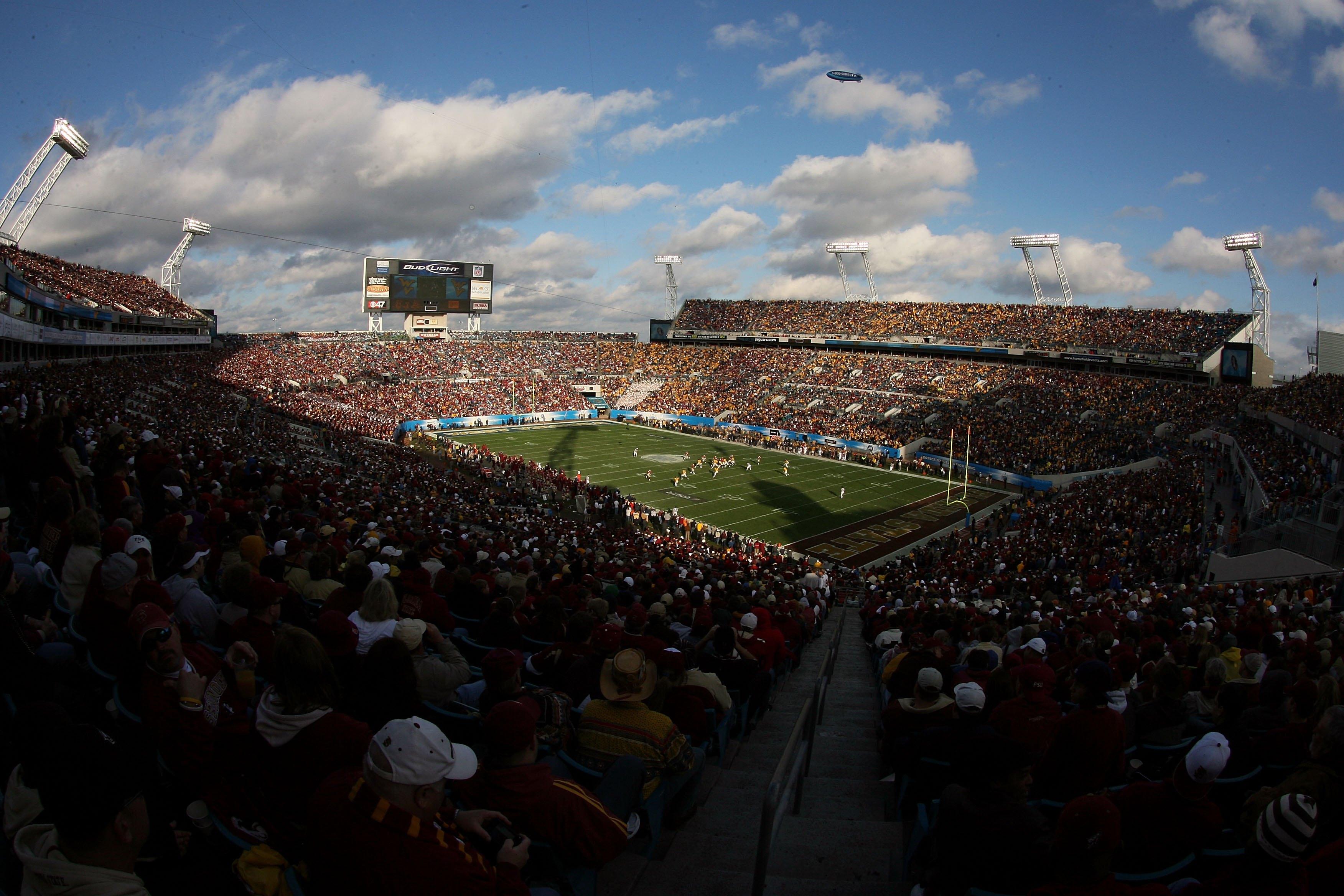 Konica Minolta Gator Bowl - Florida State v West Virginia