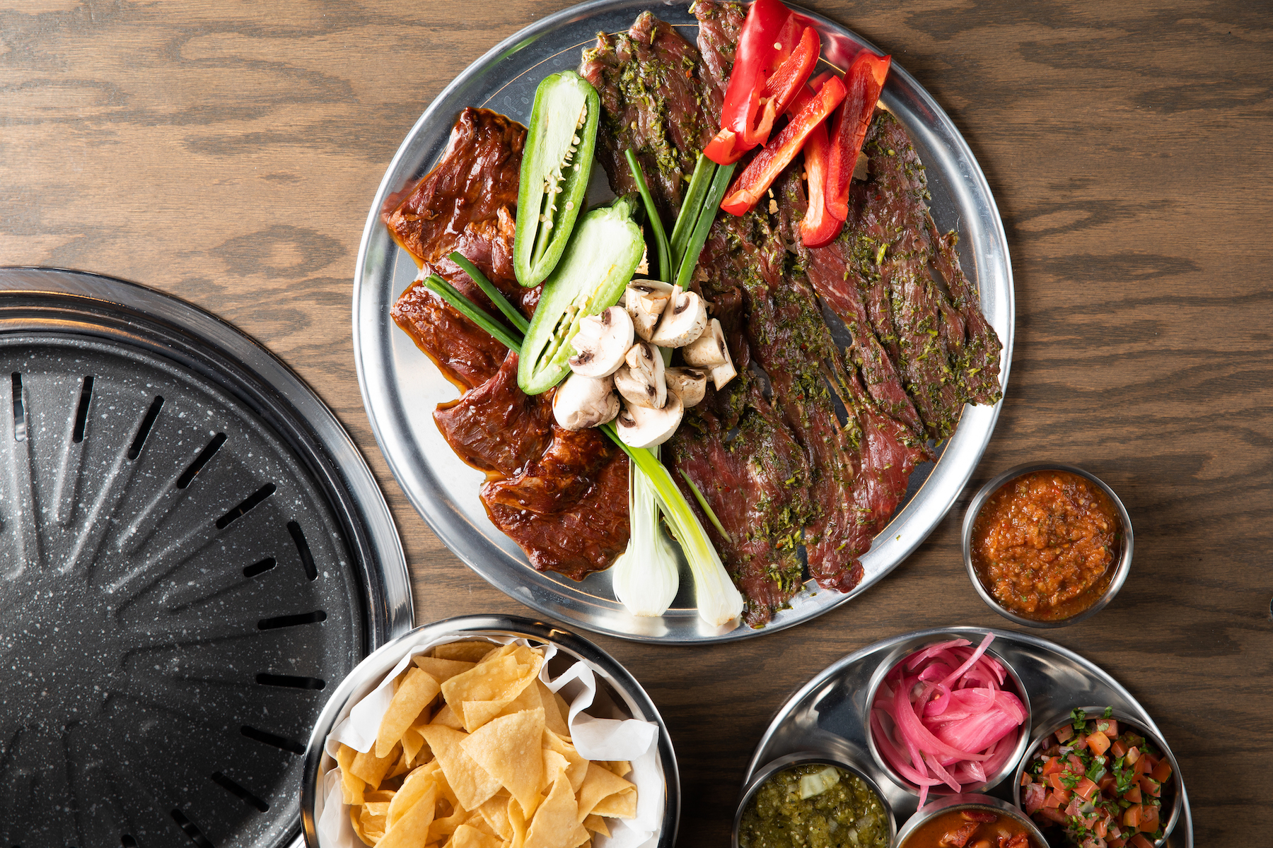 Customers Grill Their Own Mexican Meats at This New Lincoln Park Restaurant