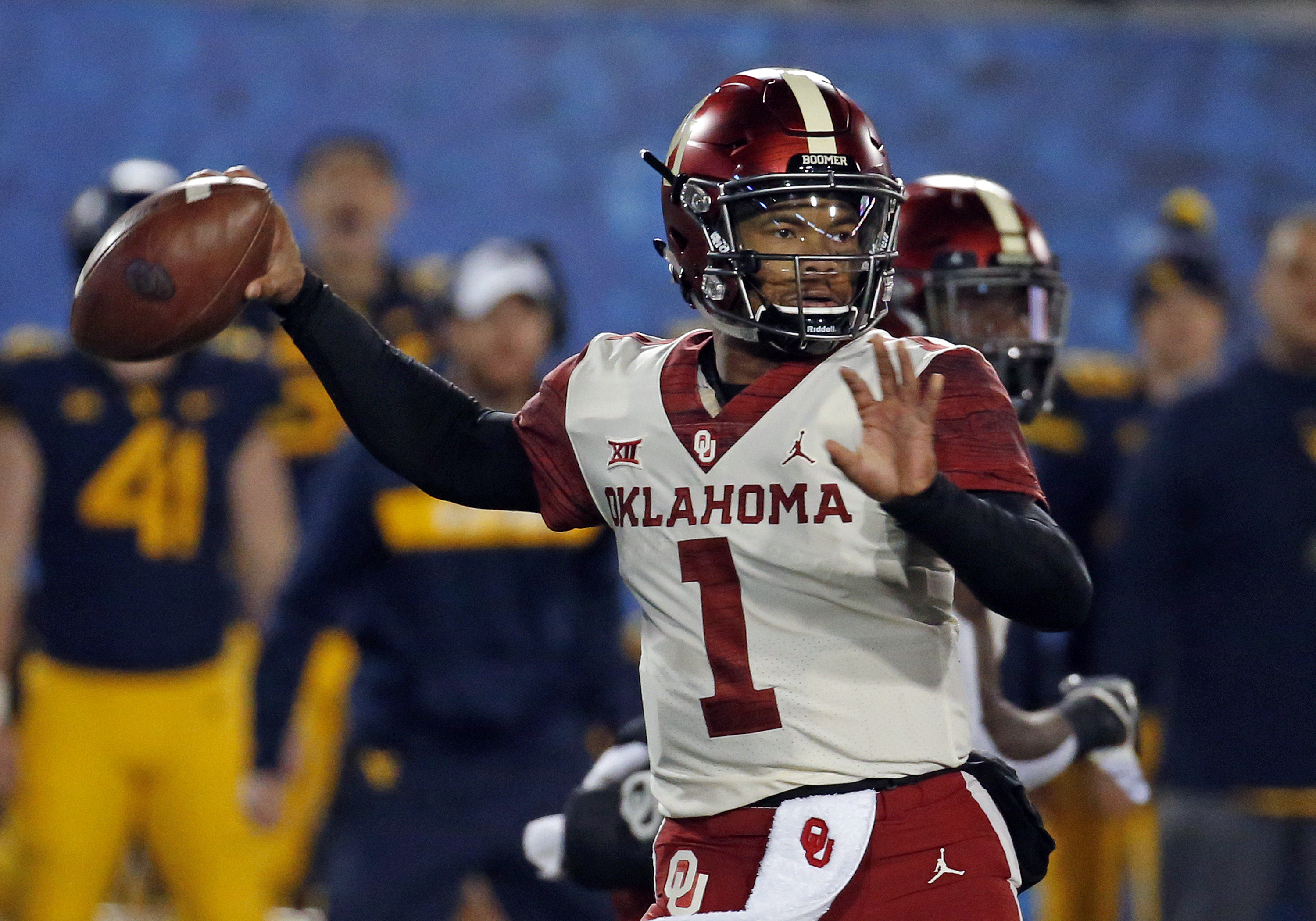 78dd90a4 Oklahoma Sooners Football Hot Links: The future of Kyler Murray, National  Signing Day, and more!