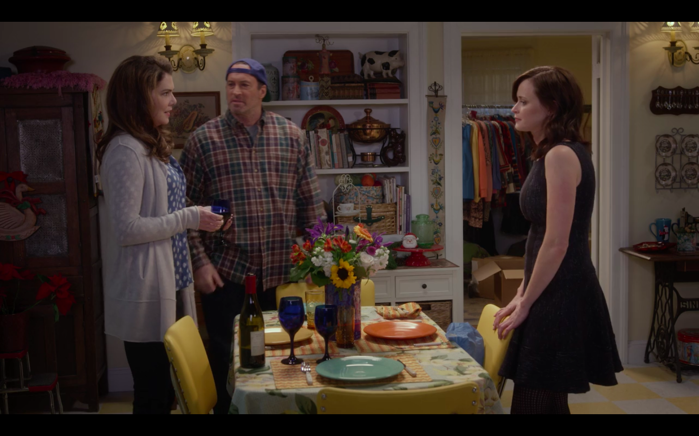 'Gilmore Girls' Pop-Up Comes to Warner Bros. Studio With Lorelai's Favorite Dishes