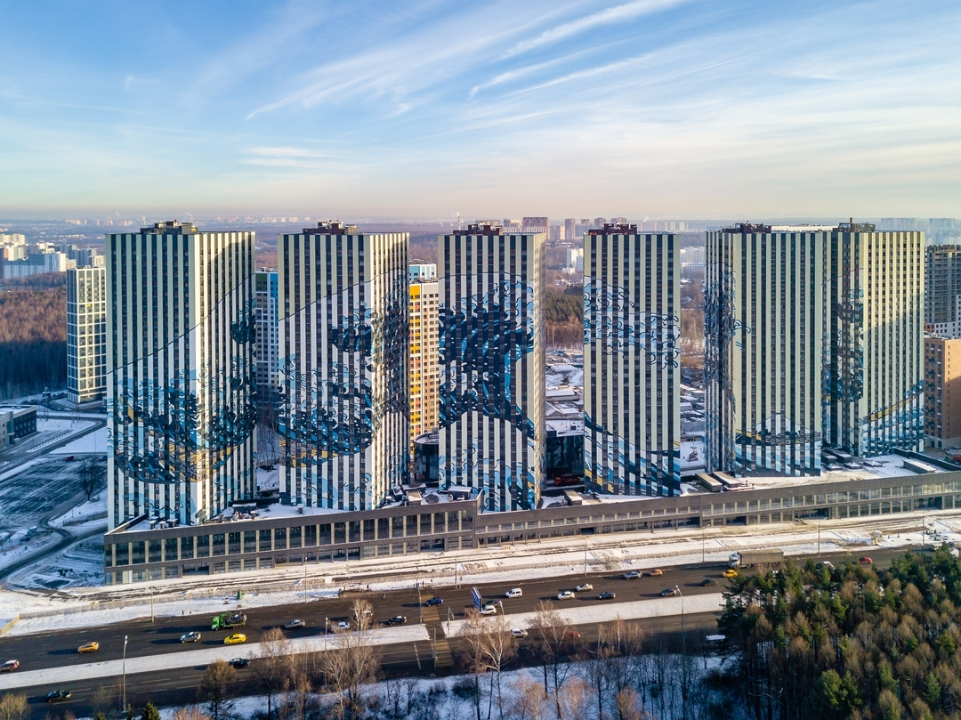 Behold, Hokusai's famous wave print stretching across six buildings