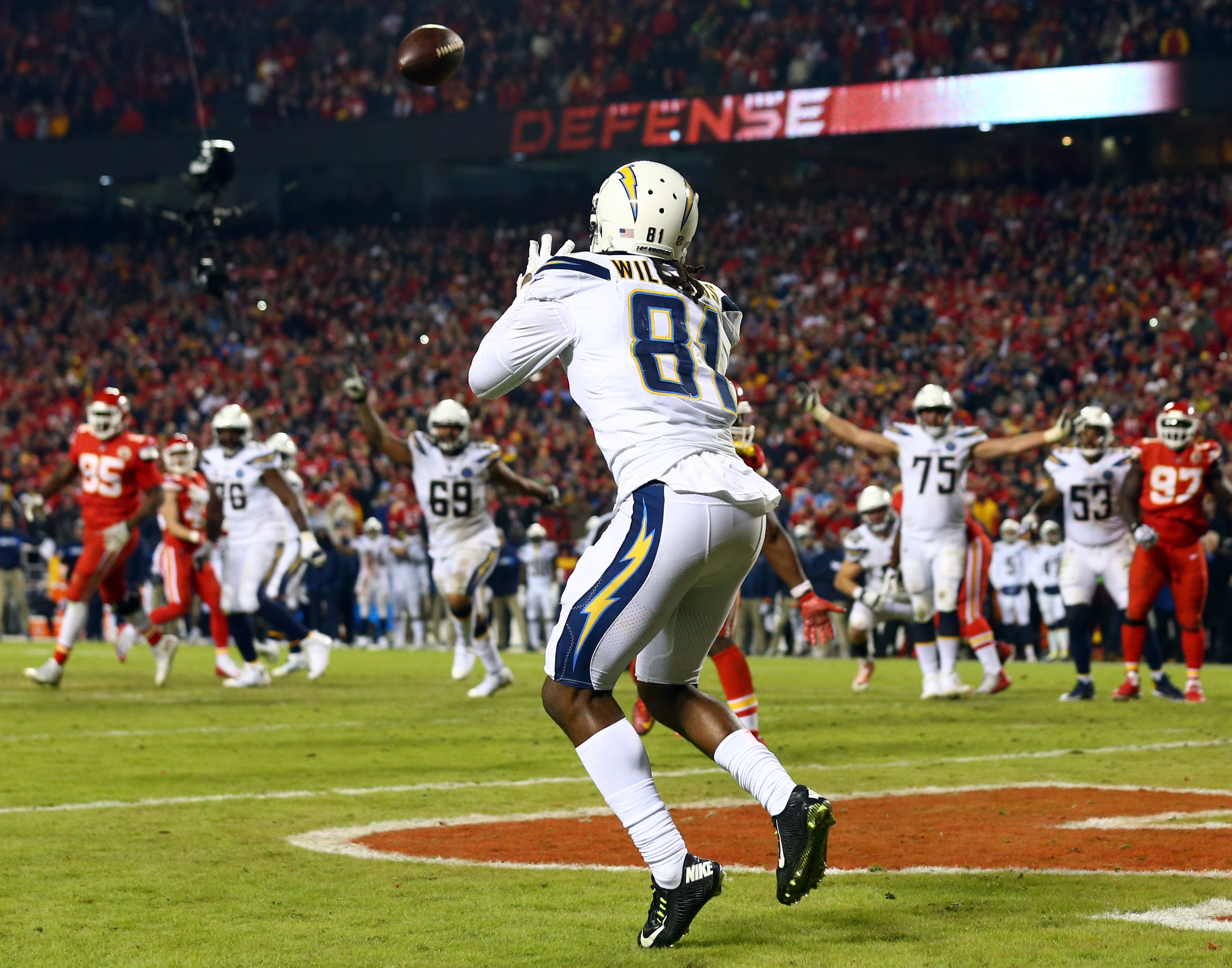 NFL: Los Angeles Chargers at Kansas City Chiefs