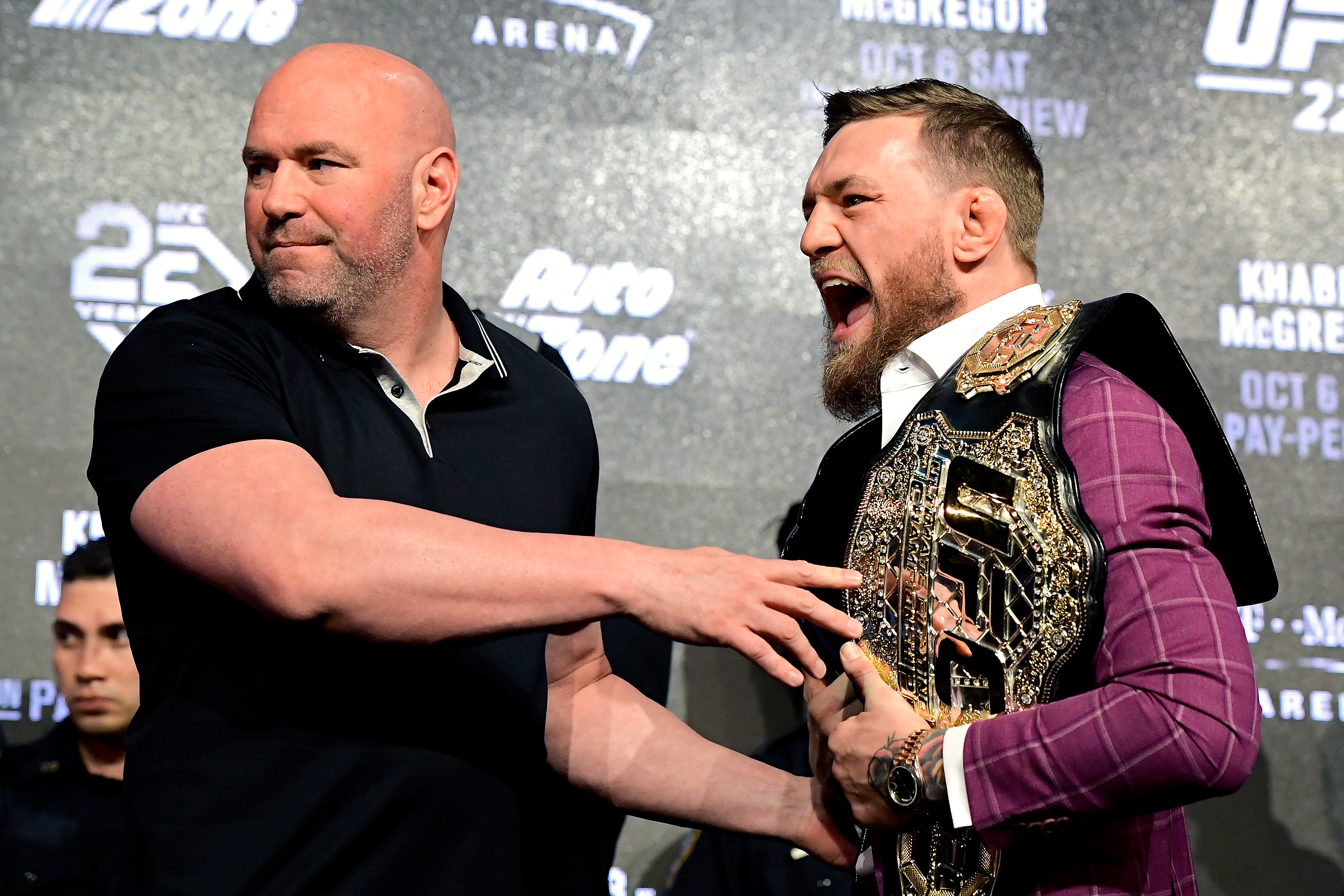 Wonderbaarlijk Dana White reveals the one thing that keeps Conor McGregor from VY-95