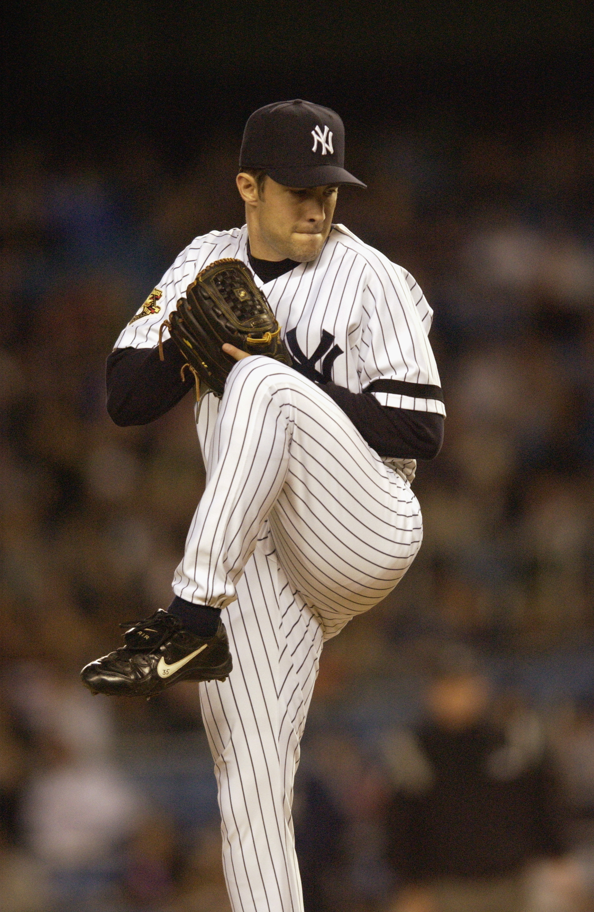Mussina winds up