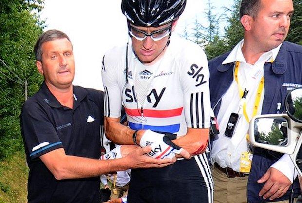 Richard Freeman comes to the aid of Bradley Wiggins