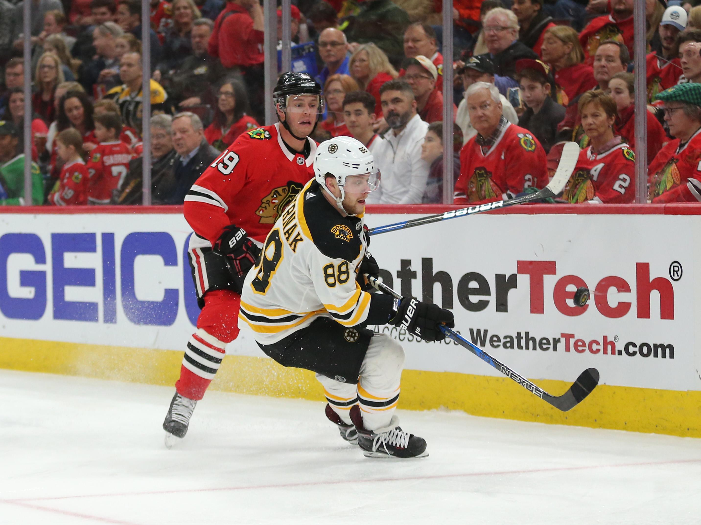 NHL: Boston Bruins at Chicago Blackhawks