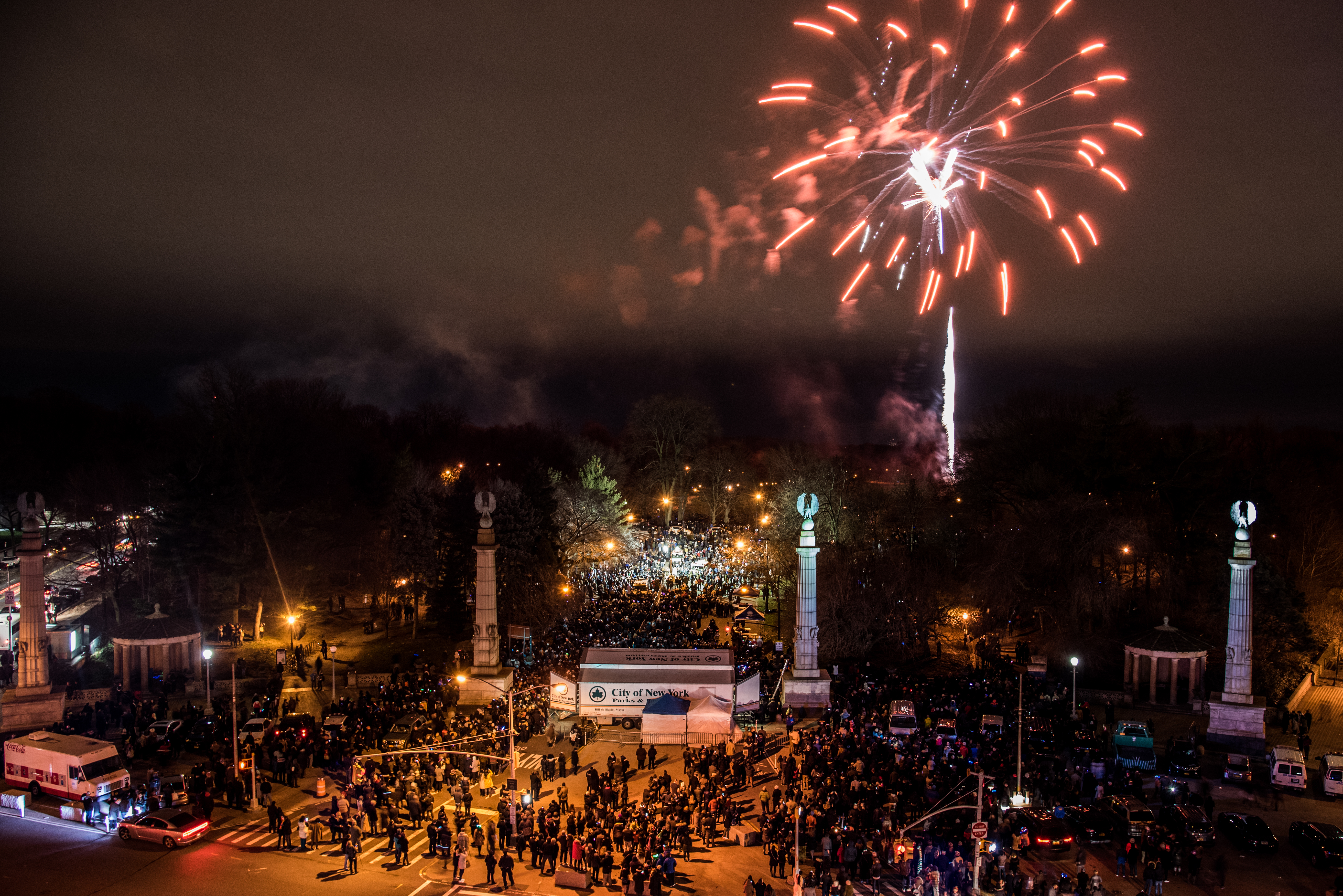 where to watch new years eve fireworks in nyc