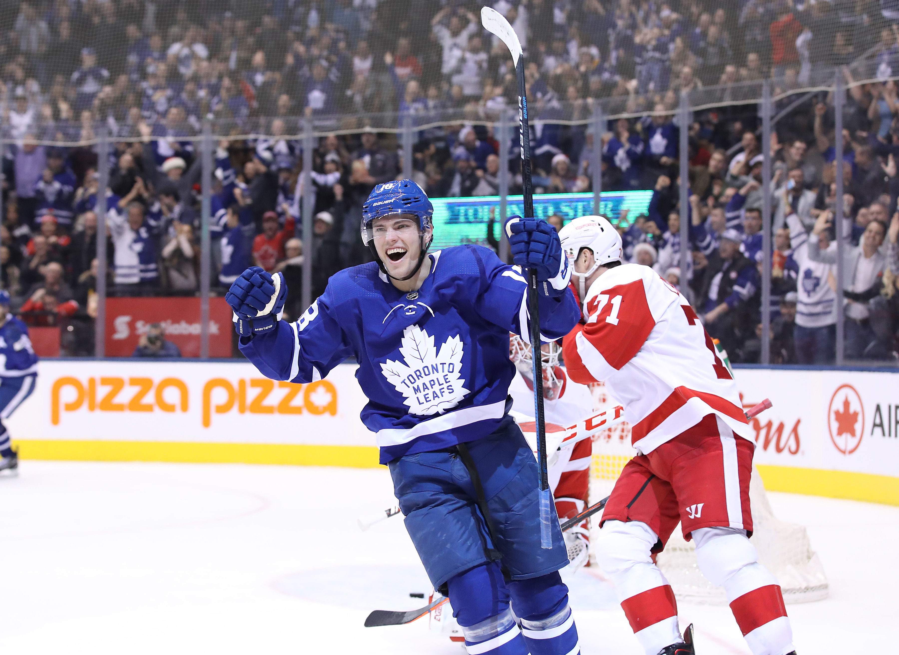 NHL: Detroit Red Wings at Toronto Maple Leafs