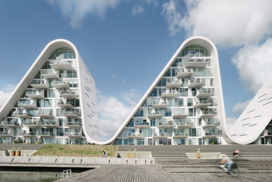 Wave-shaped apartment building completes in Denmark