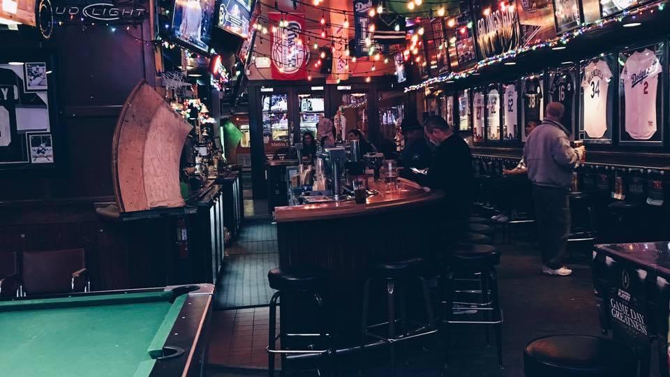 18 Essential Dive Bars In Los Angeles Eater La