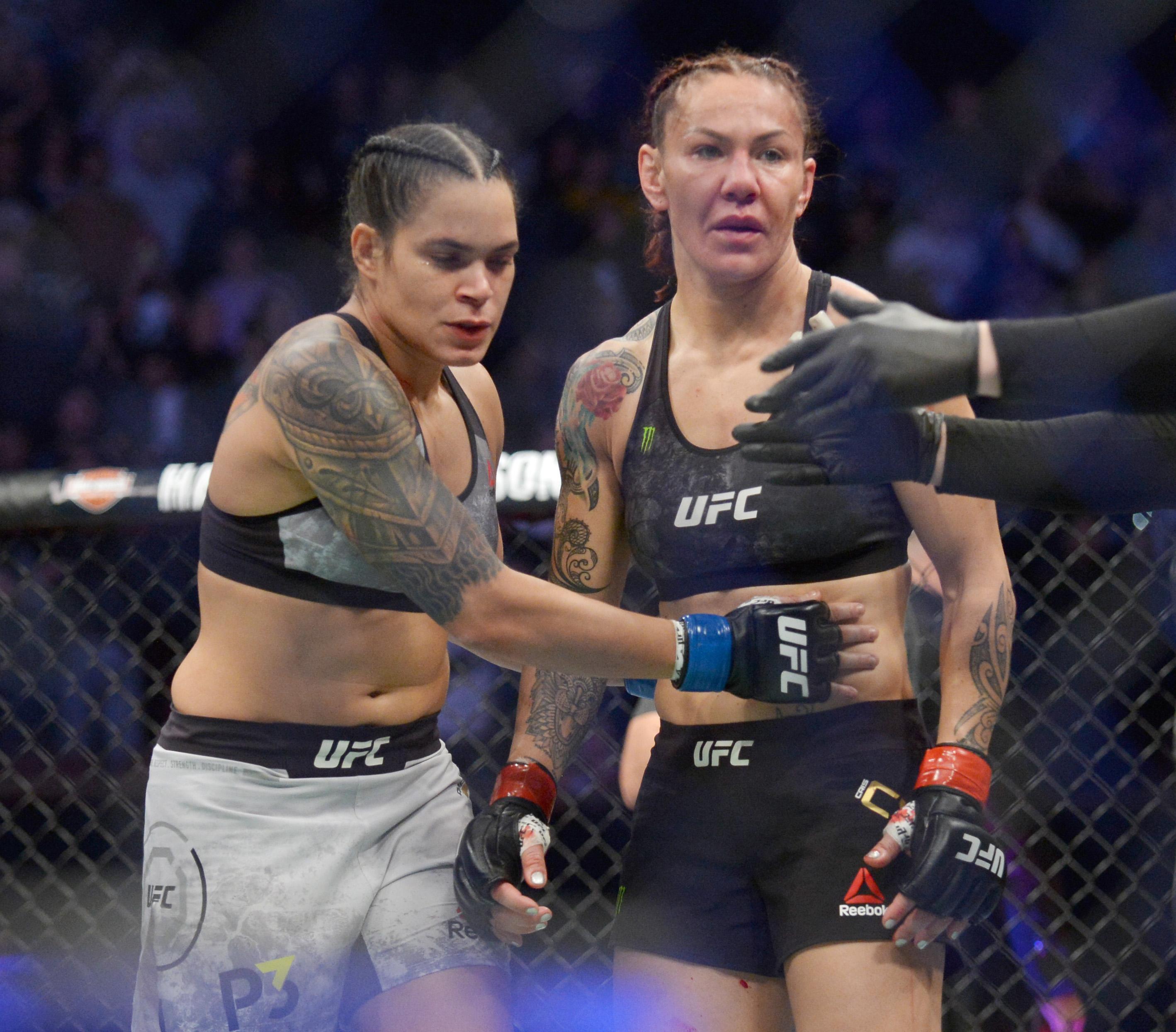 MMA: UFC 232-Cyborg vs Nunes