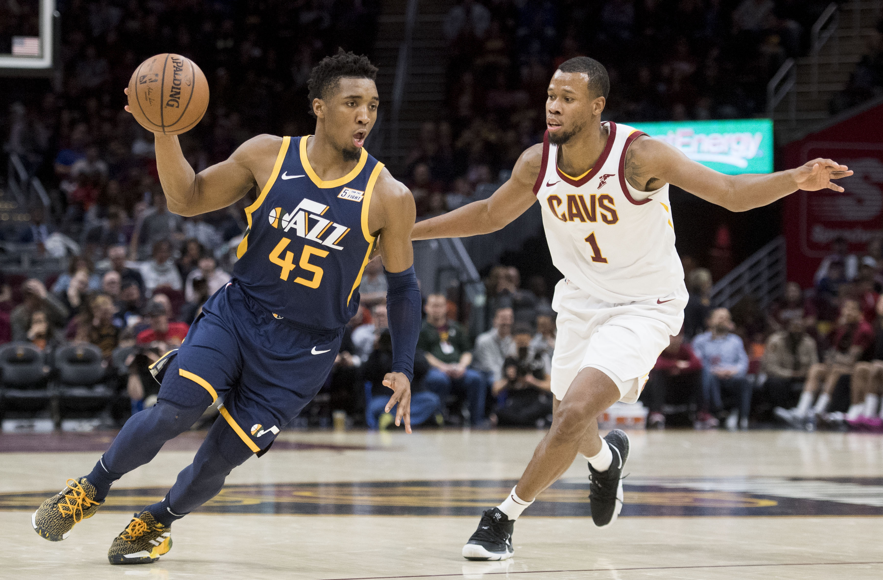 cc4e9024e49 Donovan Mitchell leads Utah Jazz to victory over the Cleveland Cavaliers