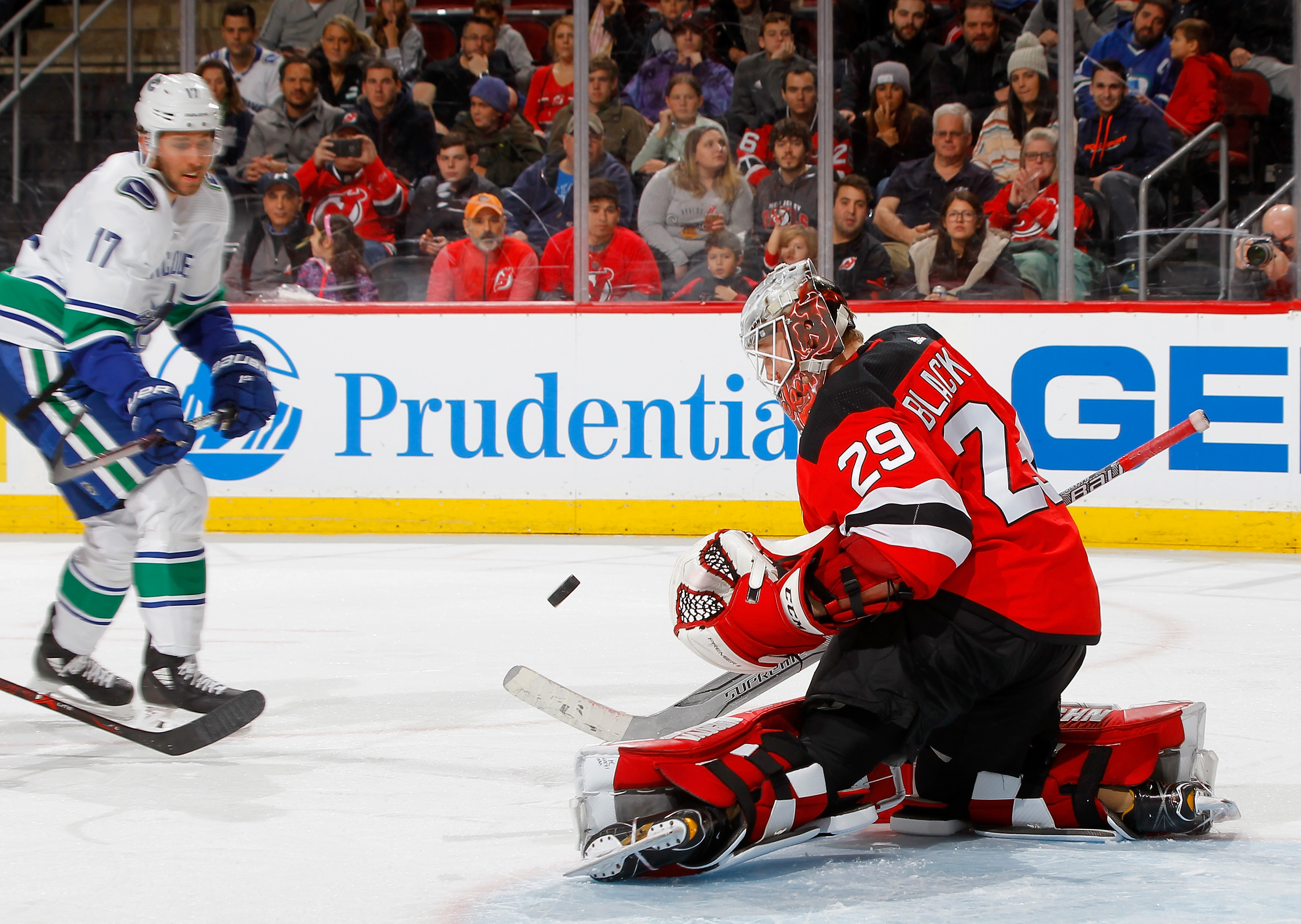 4abd5779f Preview  Maple Leafs face the injury-hampered Canucks - Pension Plan ...