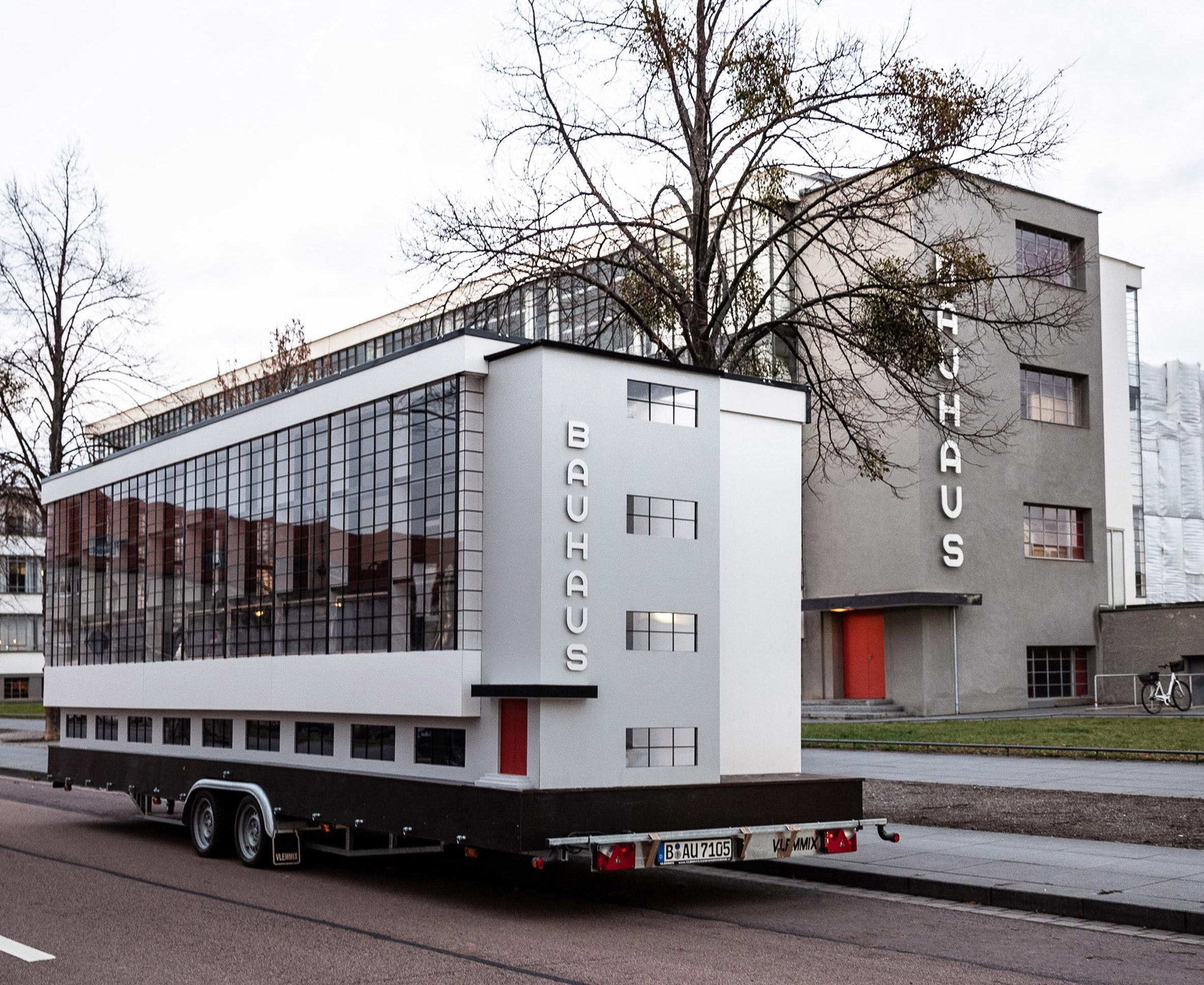 Replica of Bauhaus Dessau on wheels