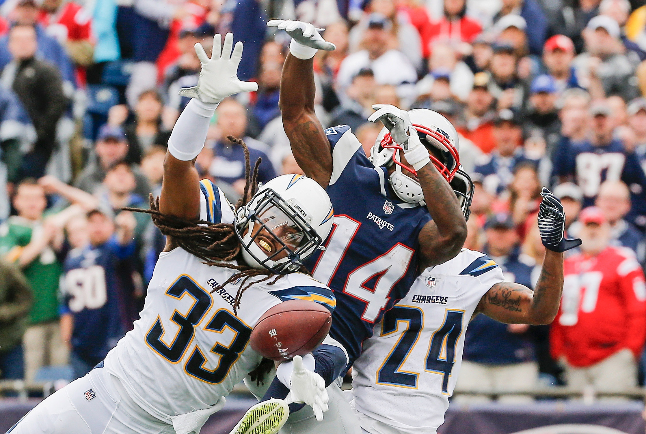 Los Angeles Chargers v New England Patriots