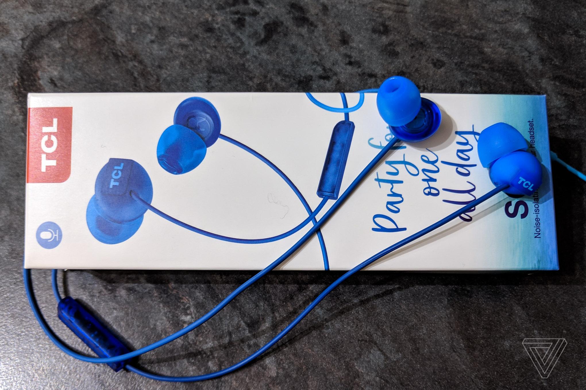 TCL SOCL earphones.