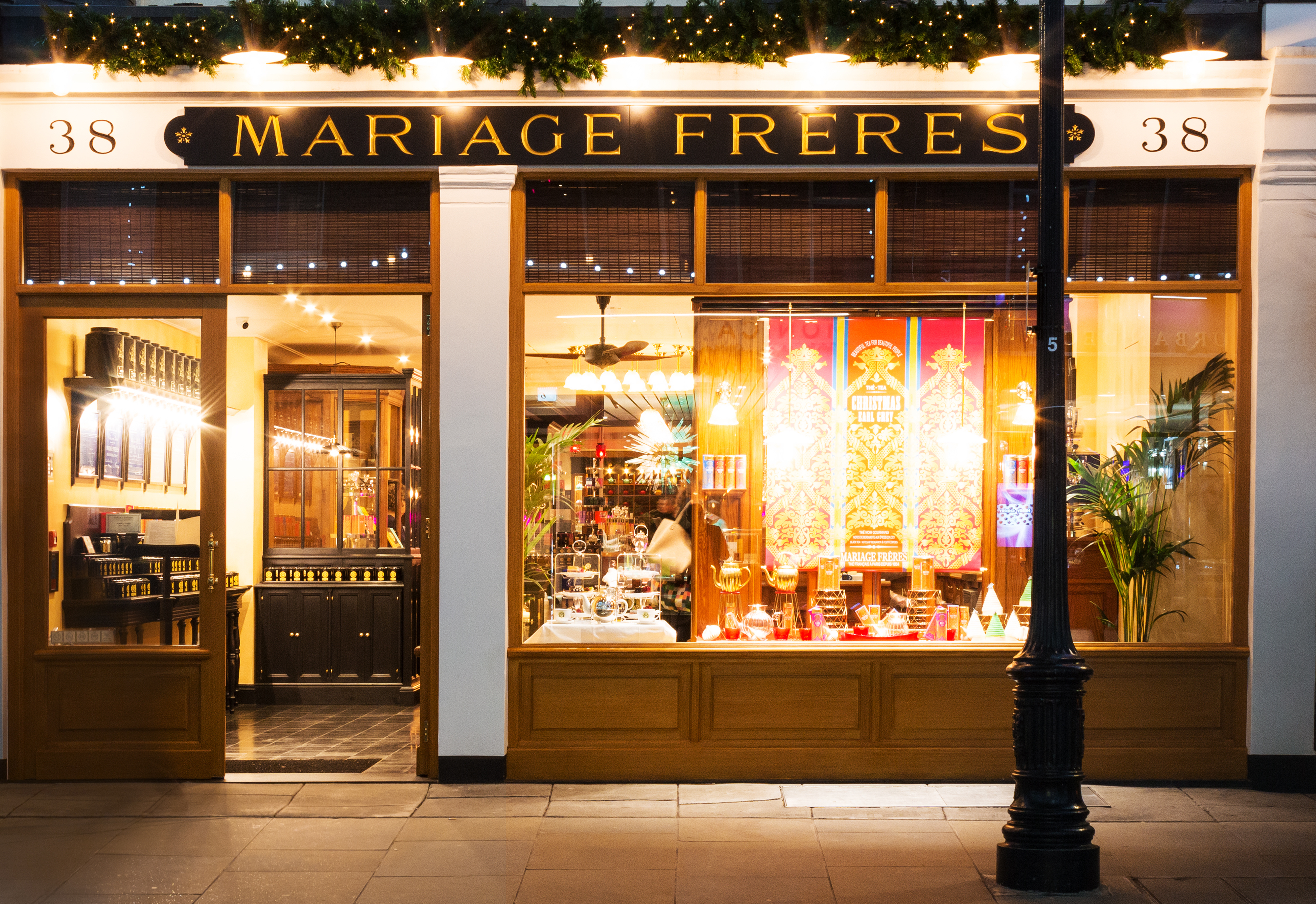 Mariage Freres opens its Parisian tea emporium in Covent Garden, London