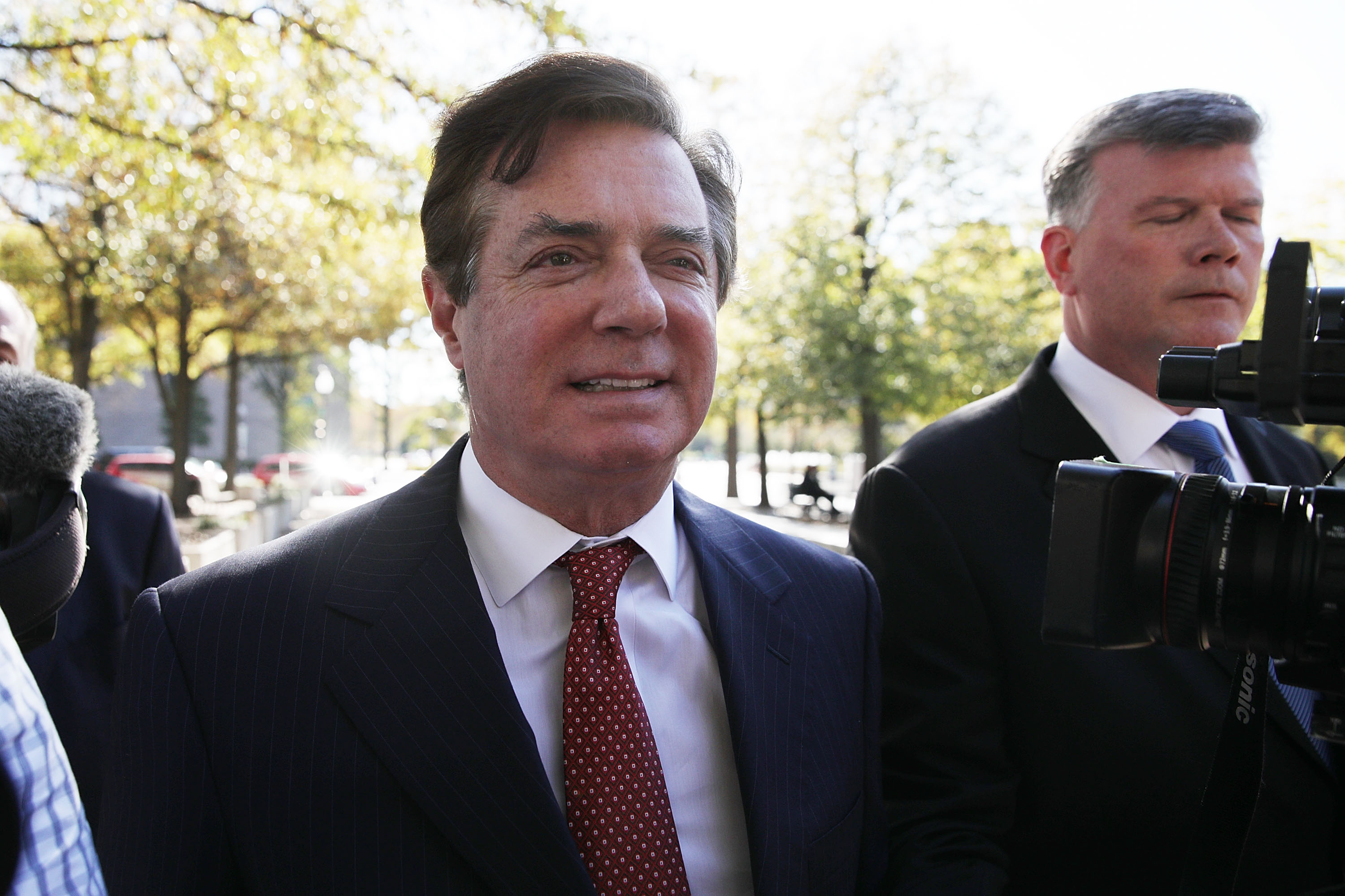Mueller's heavily redacted new filing about Paul Manafort, decoded