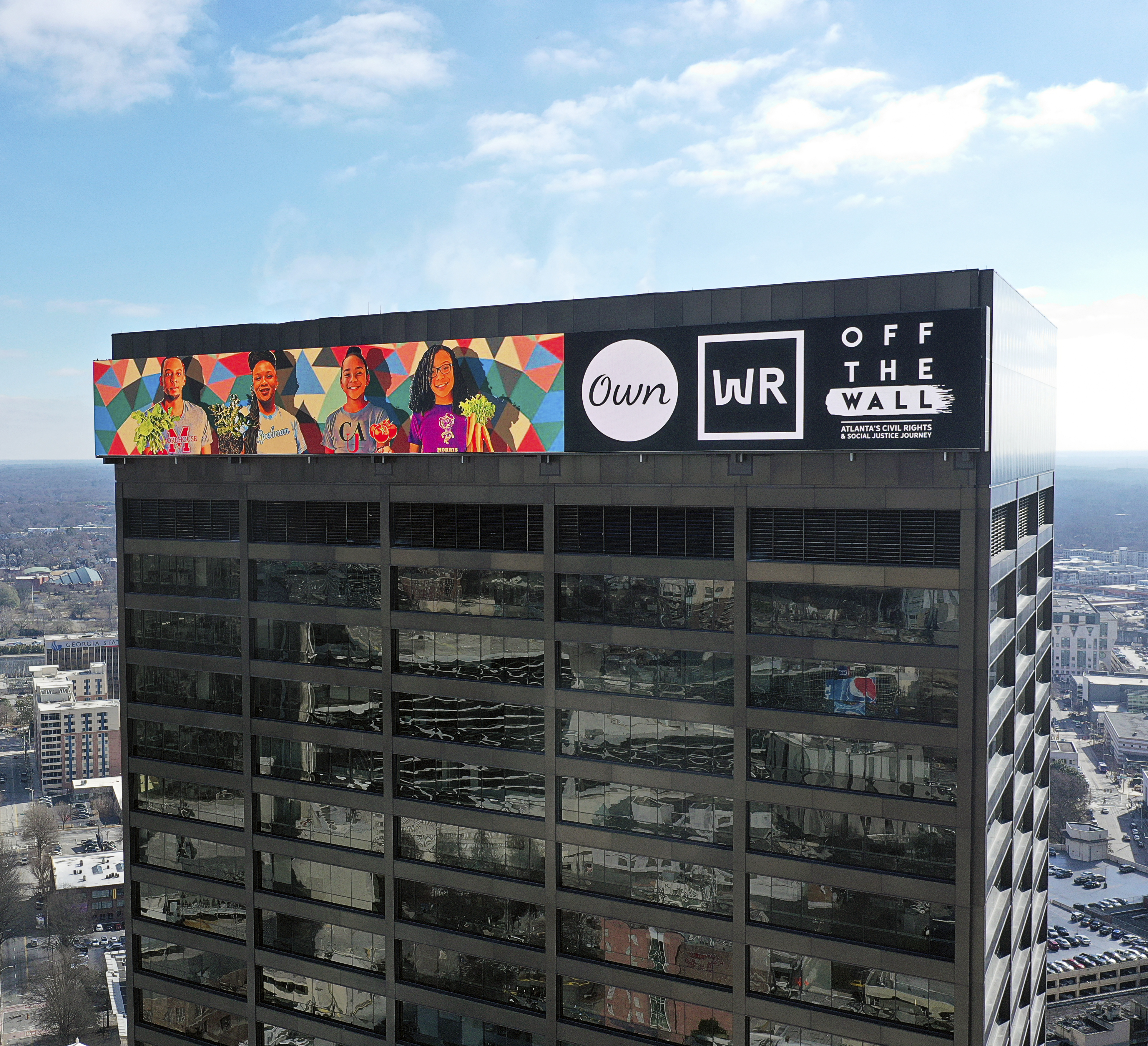 Atlanta's first digital, building-top signage is live. How's that make you feel?