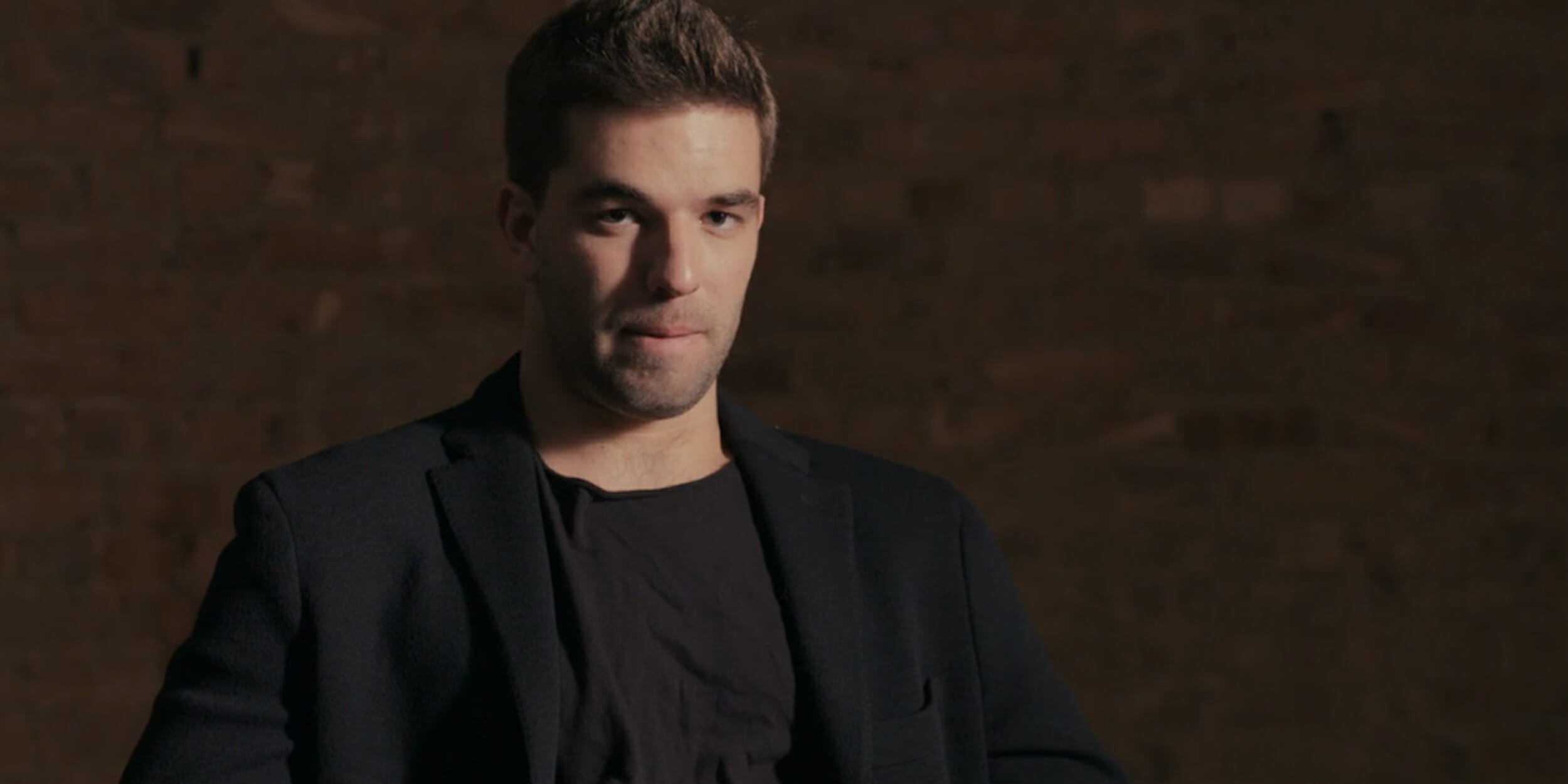 The Fyre Festival was the con of a generation. Two streaming docs tell the story.