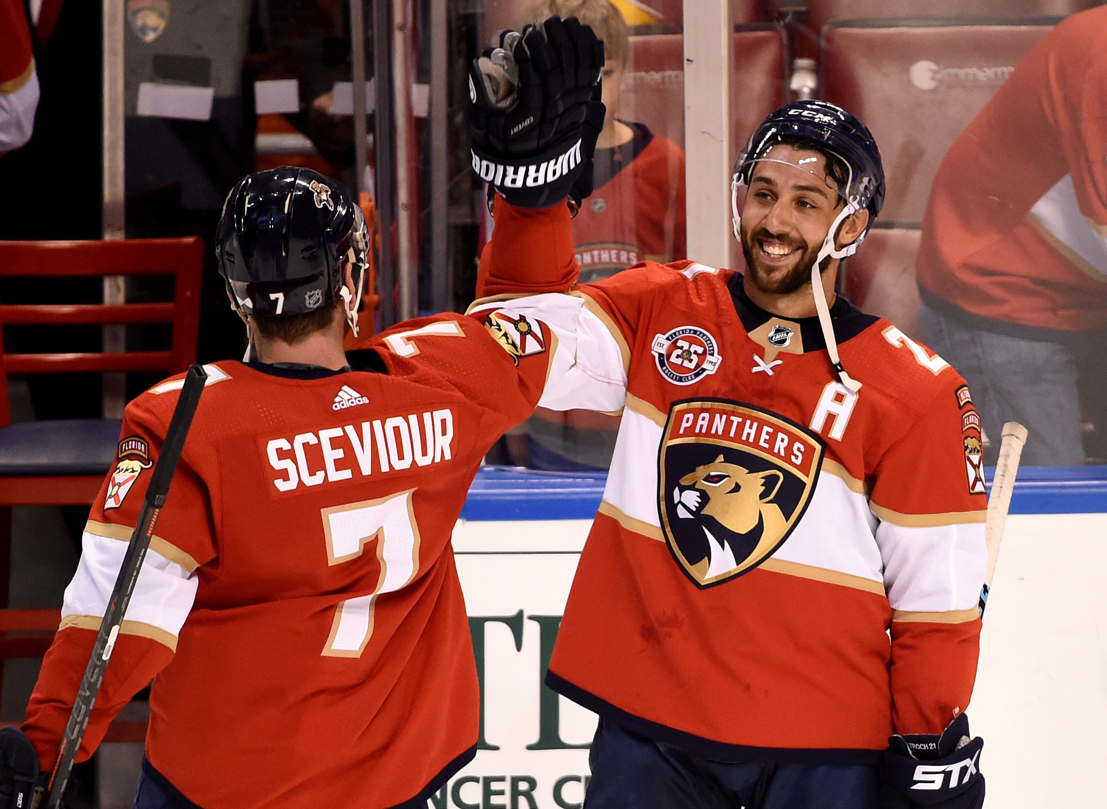 ec3b330533e Recap  Panthers snap skid with stifling 3-1 victory over Maple Leafs ...