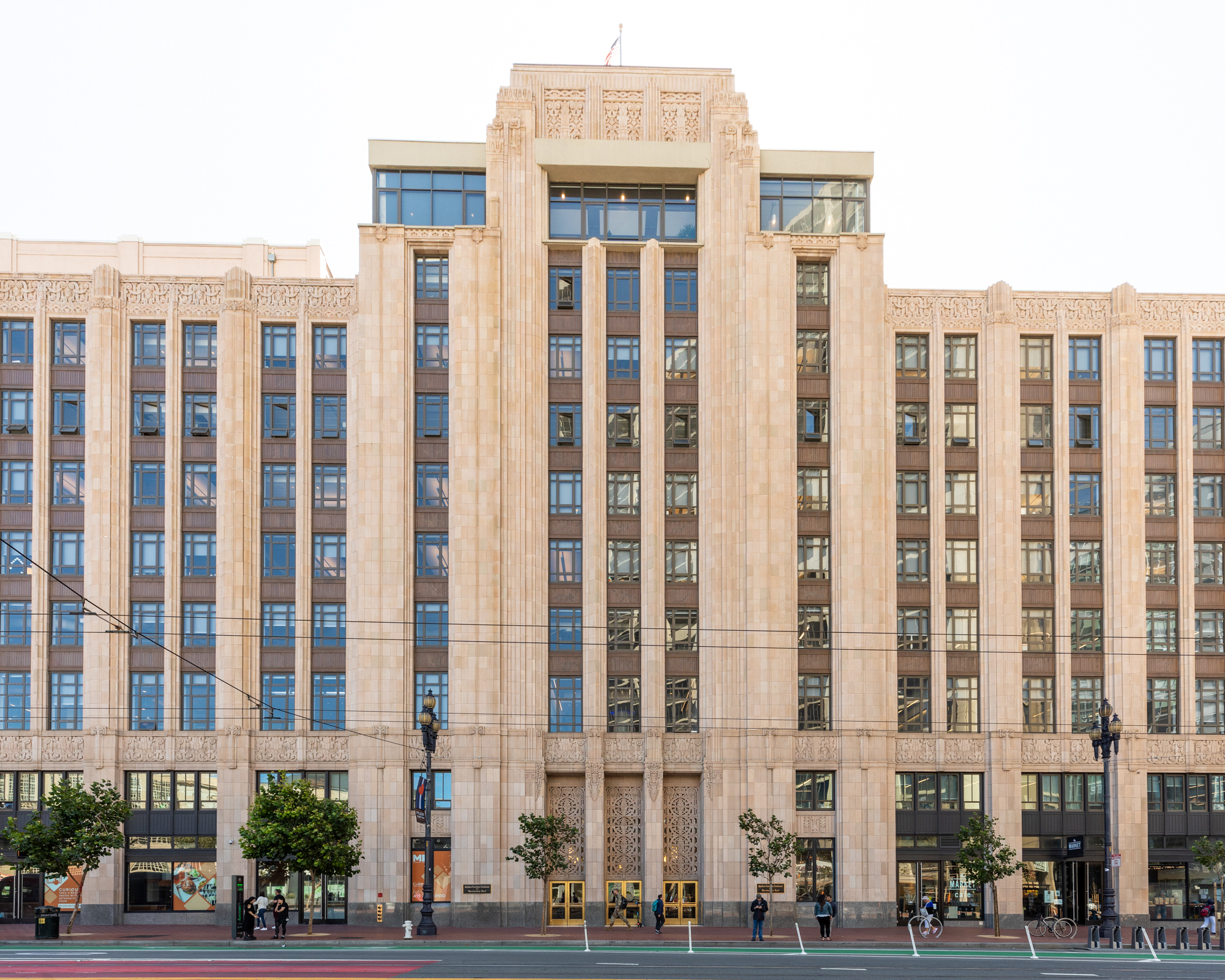 How the internet reshaped Market Street's Art Deco monolith