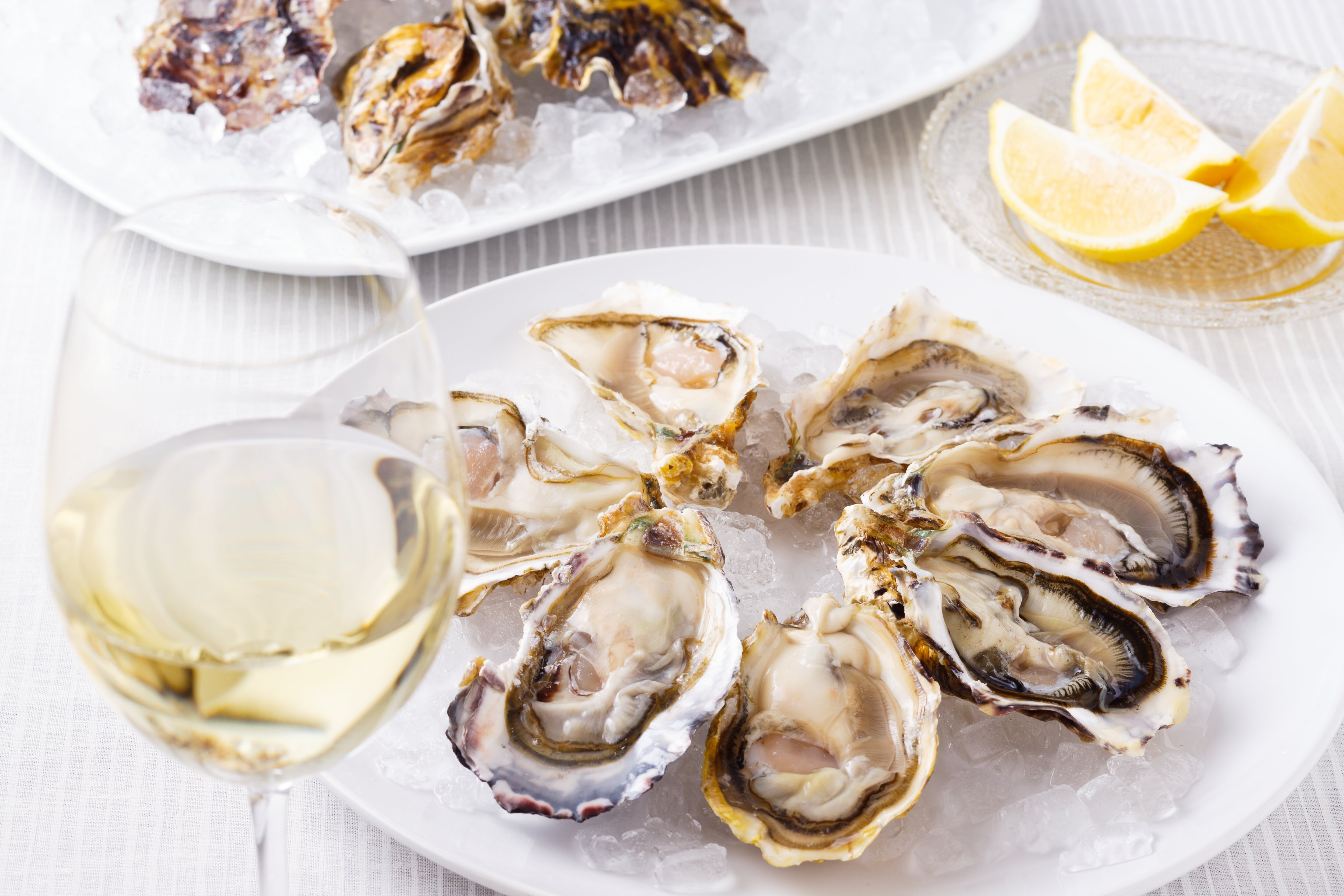 The East Side Scores an Oyster Happy Hour