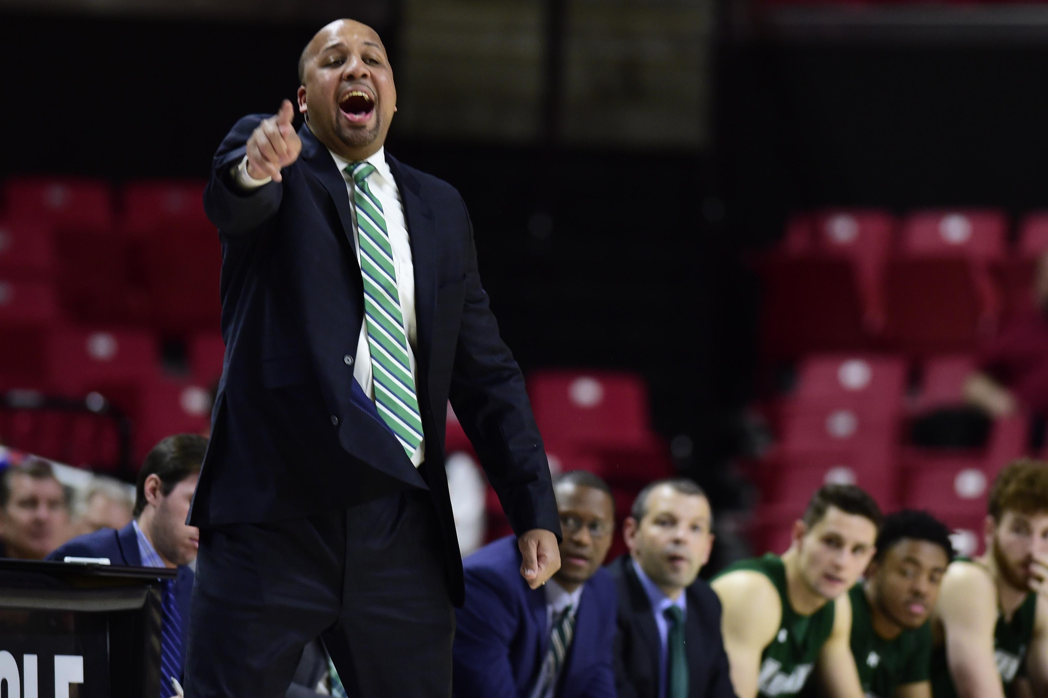 NCAA Basketball: Loyola-Maryland at Maryland