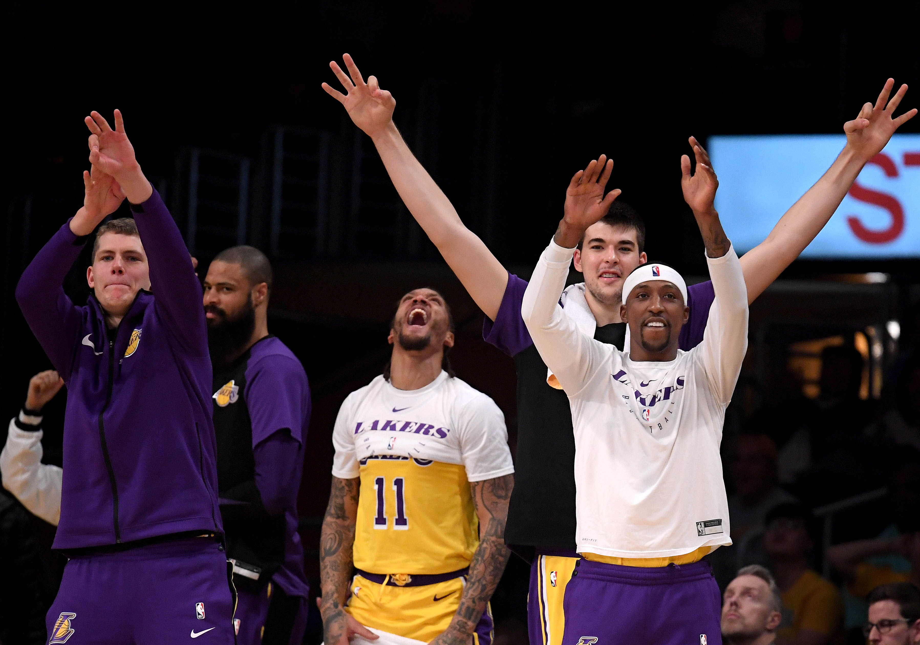 b2114d500b9 Lakers trade Ivica Zubac and Michael Beasley to Clippers for Mike Muscala