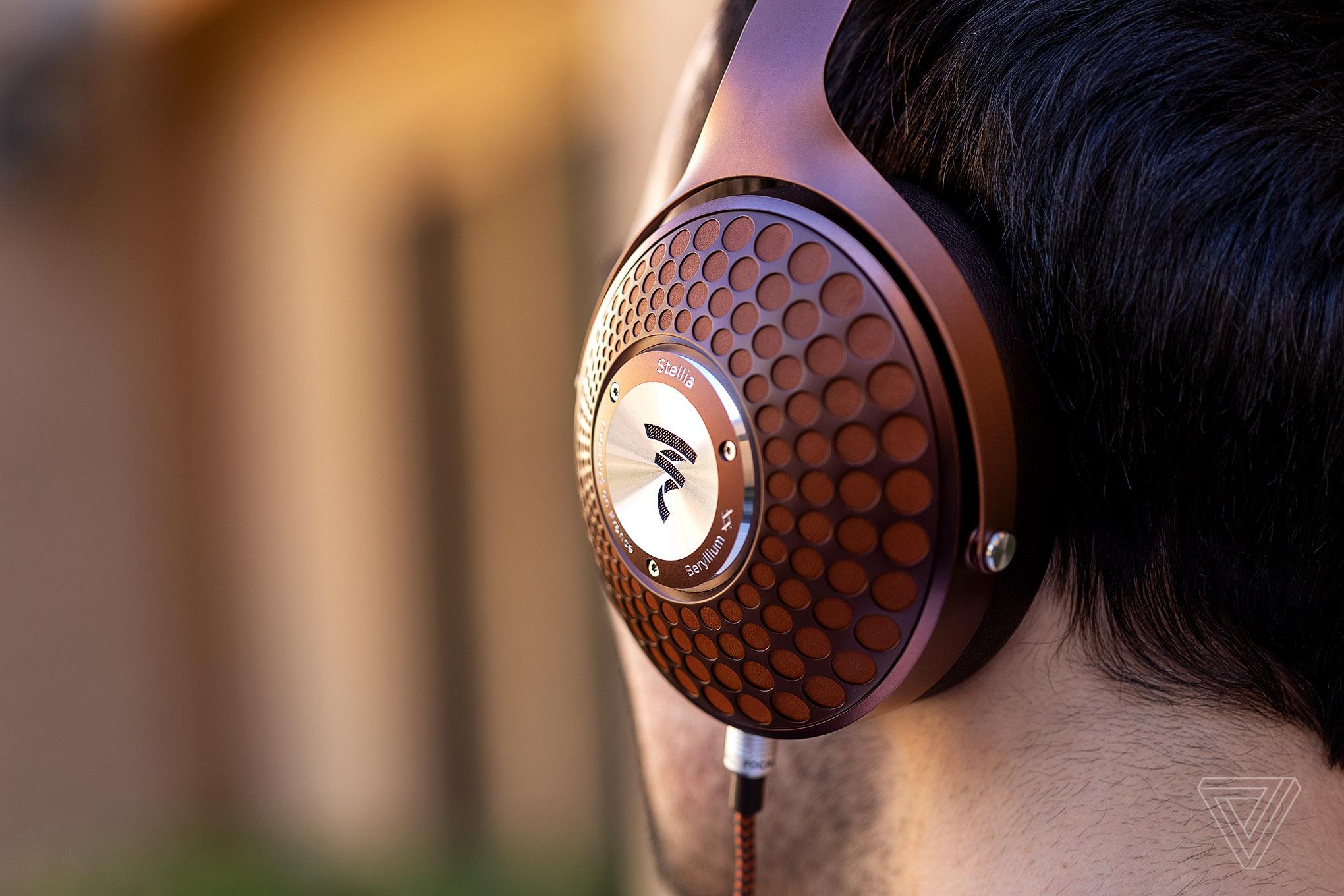 Headphone Reviews - The Verge