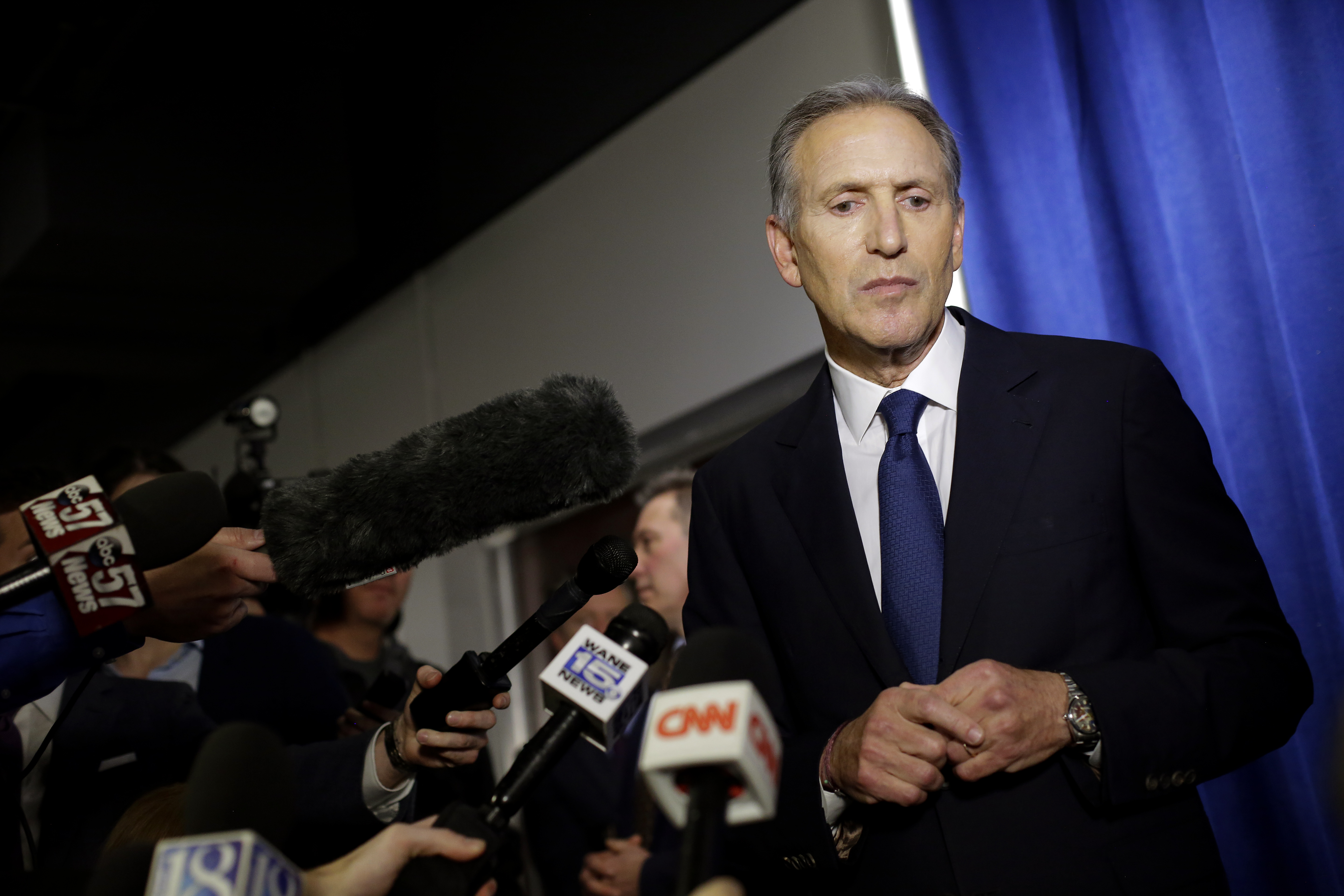 Howard Schultz's CNN town hall revealed the emptiness of elite centrism