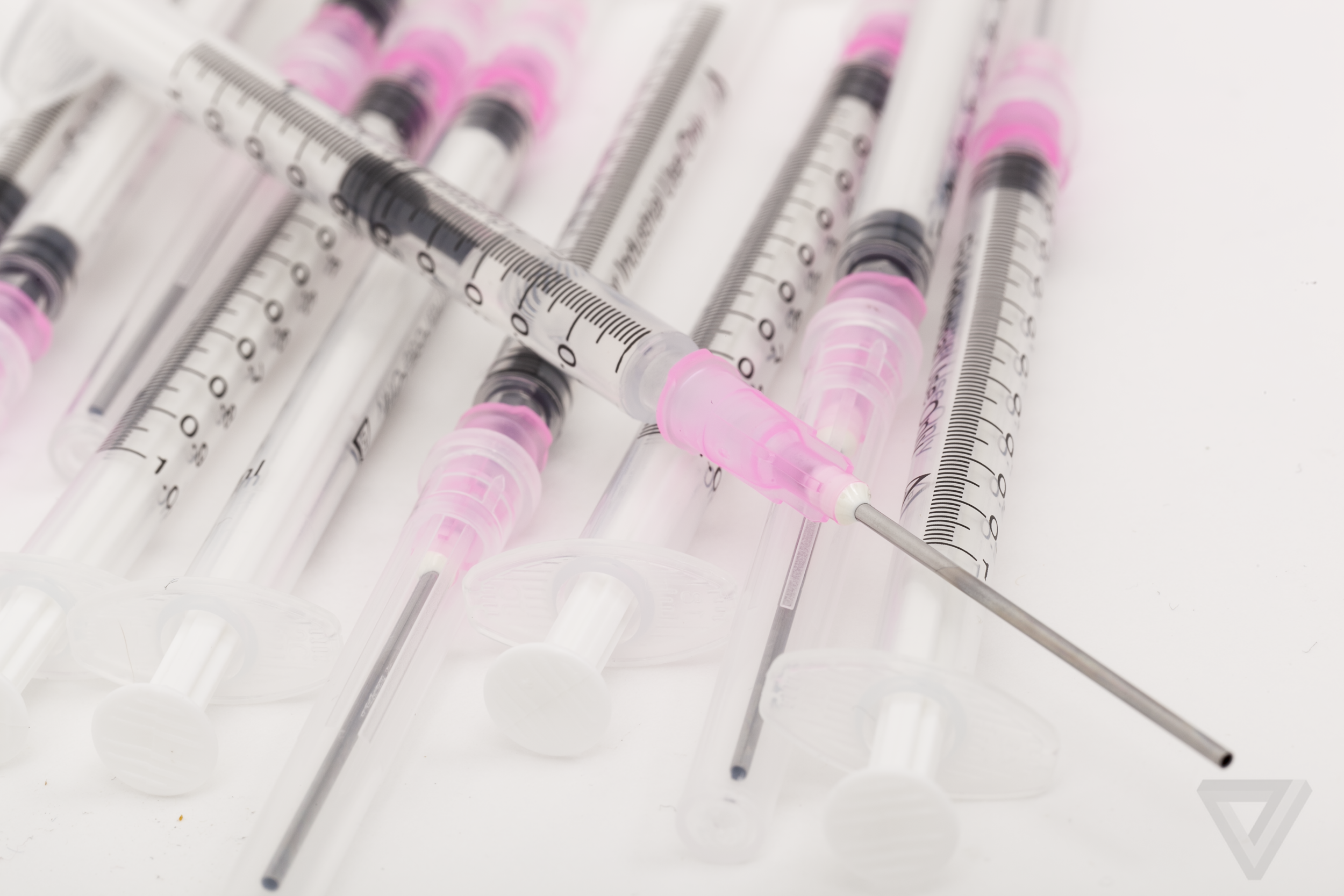 How the fight over vaccines is fueled by web forums - The Verge