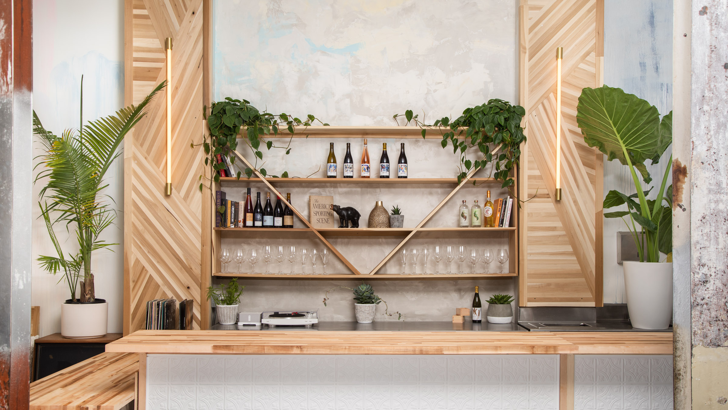 Natural Wine Bar With Supper Club Roots Pops Up in the Tenderloin