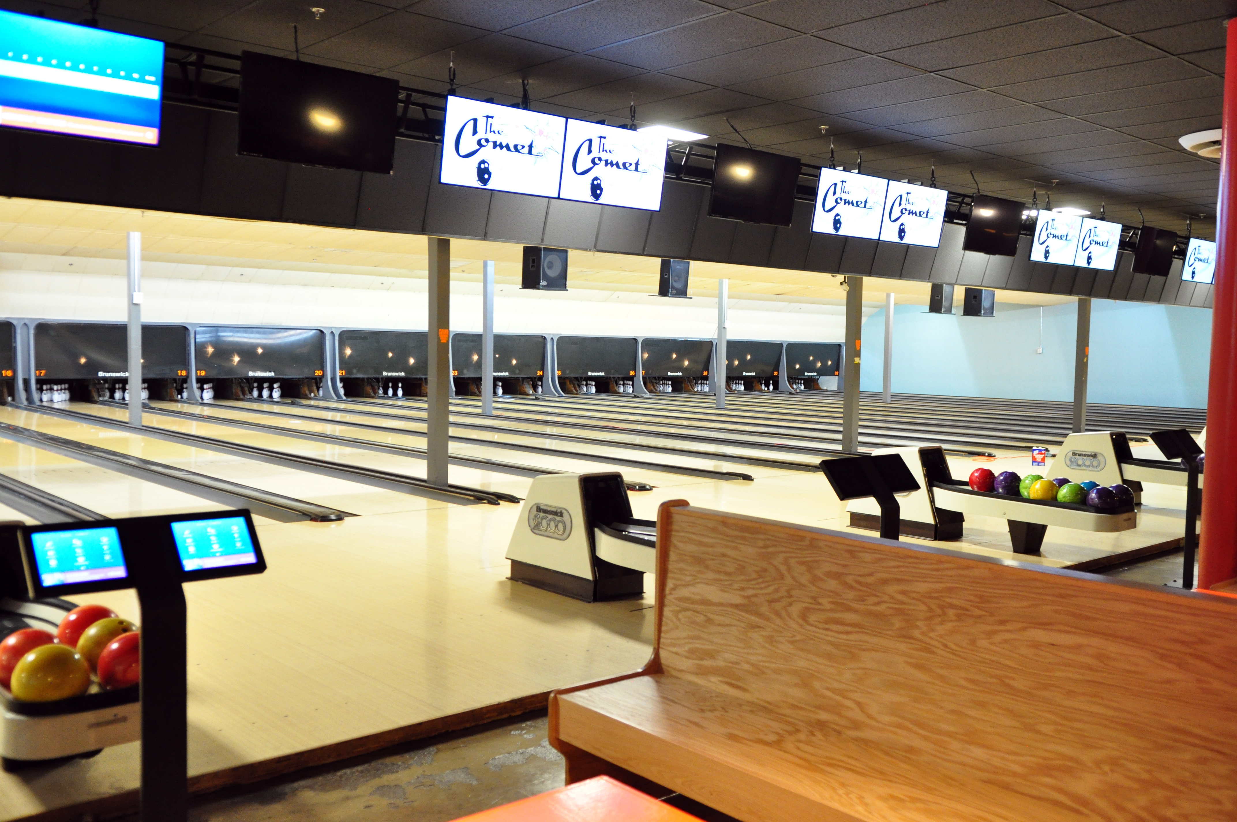 Atlanta Game Bars and Bowling Alleys Serving Good Food and Drinks
