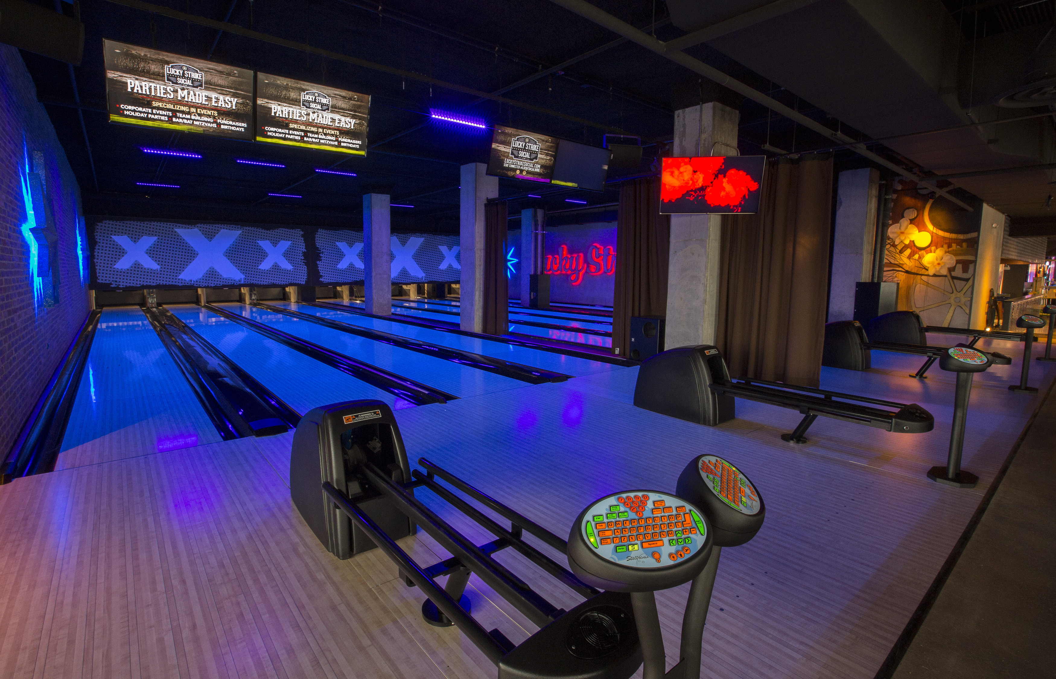 Inside Wrigleyville's New Arcade and Bowling Complex
