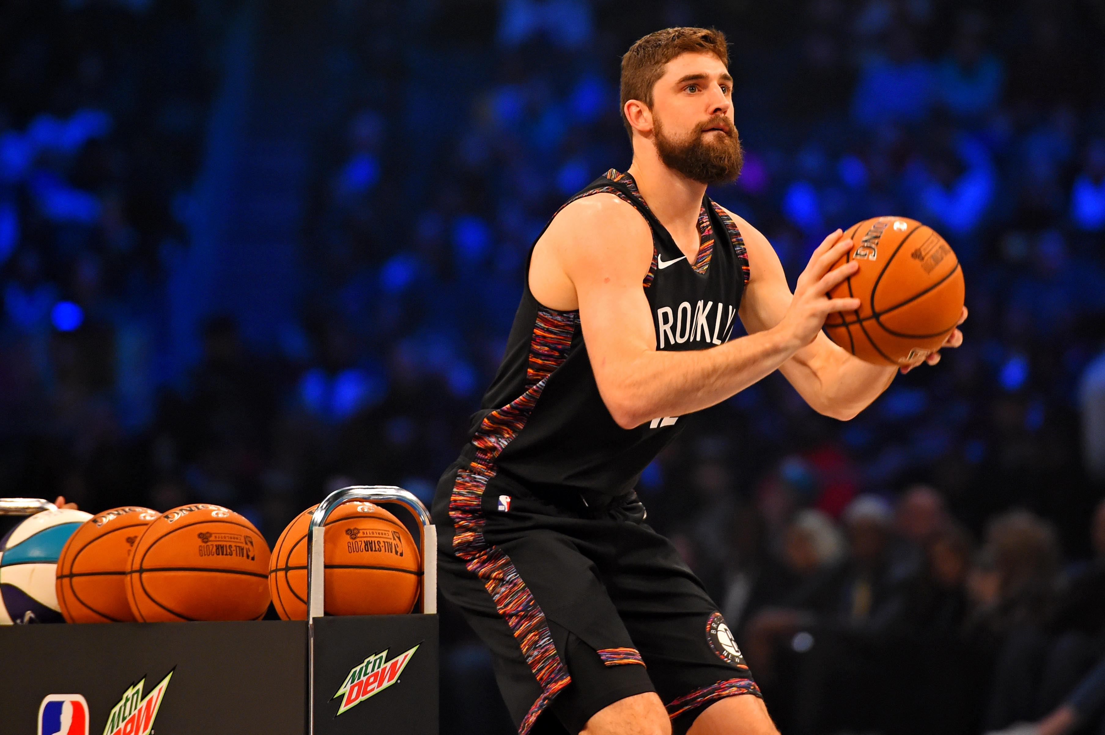 Joe Harris just beat Stephen Curry in the 3-Point Shootout. Put some respect on his name