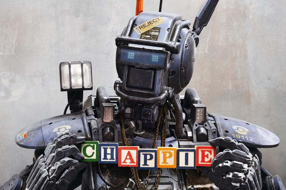 Chappie in Apex Legends? Creators are down for it.