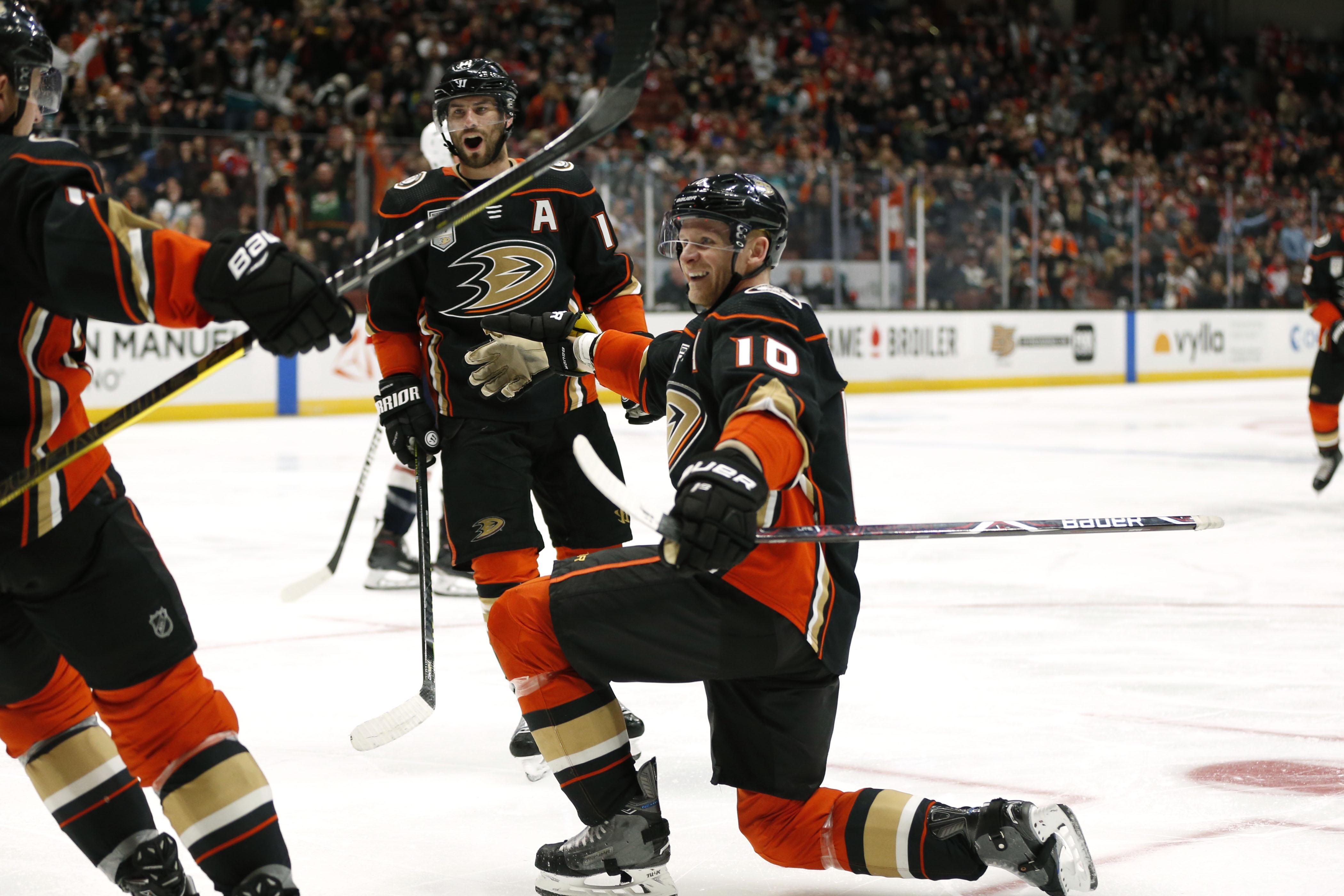 Washington Capitals v Anaheim Ducks