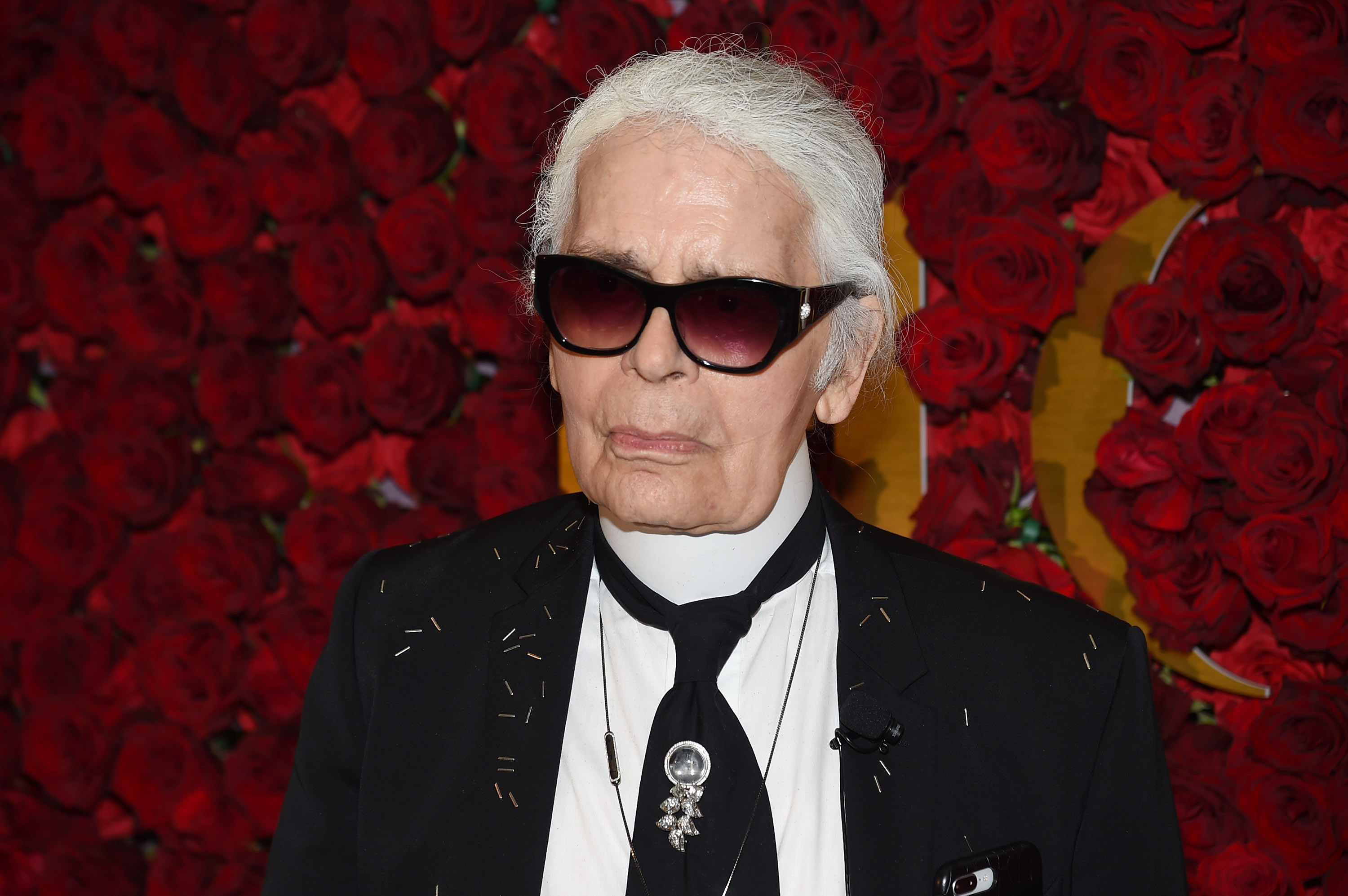 """Karl Lagerfeld lost 92 pounds using a diet he called a """"sort of punishment"""""""