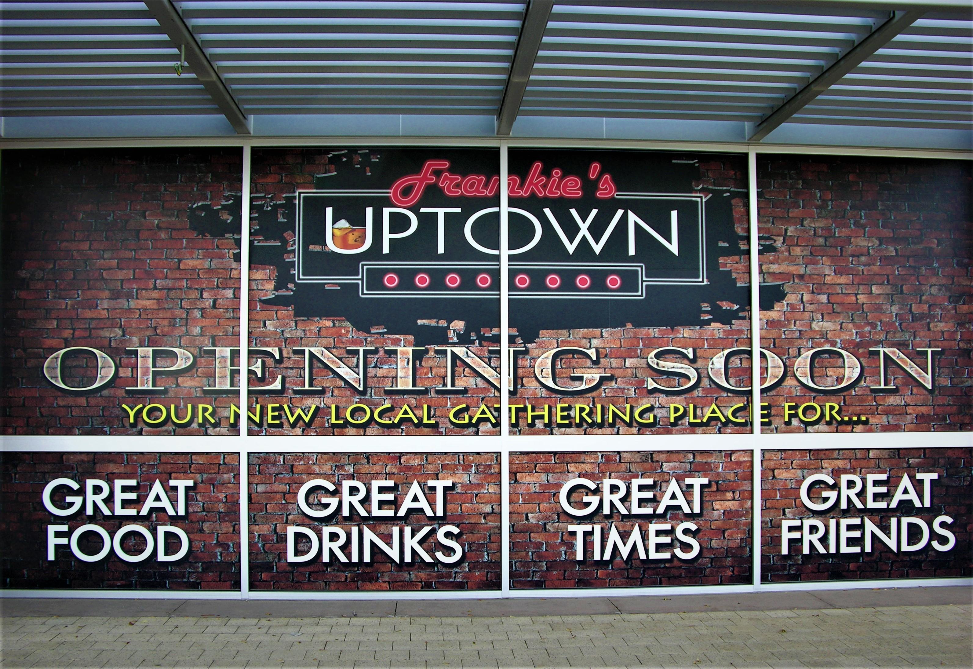 Frankie's Uptown — A Neighborhood Bar