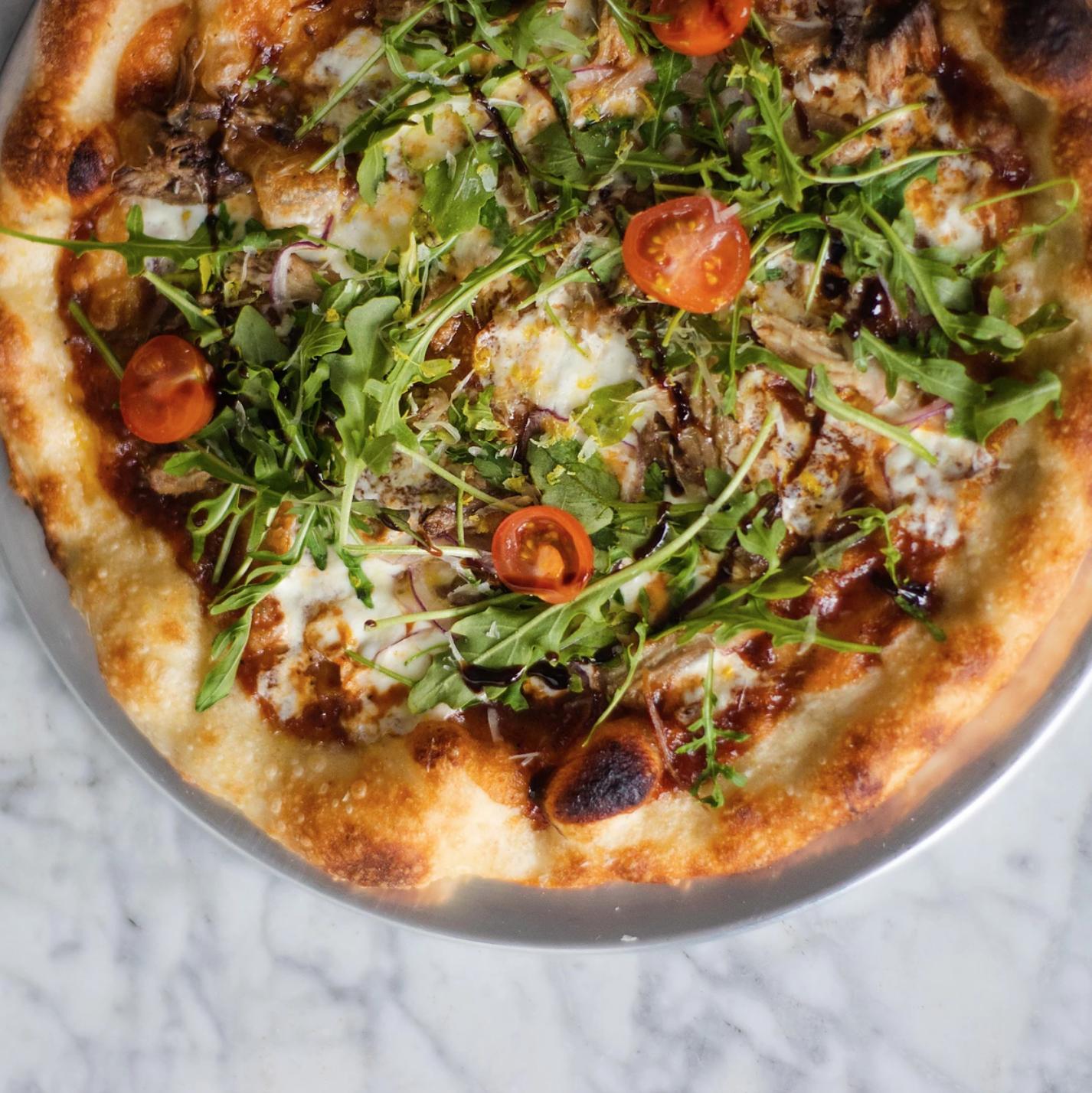 Lamar Union Restaurant Serving Gold Pizza Instagram Bait Opens This Week